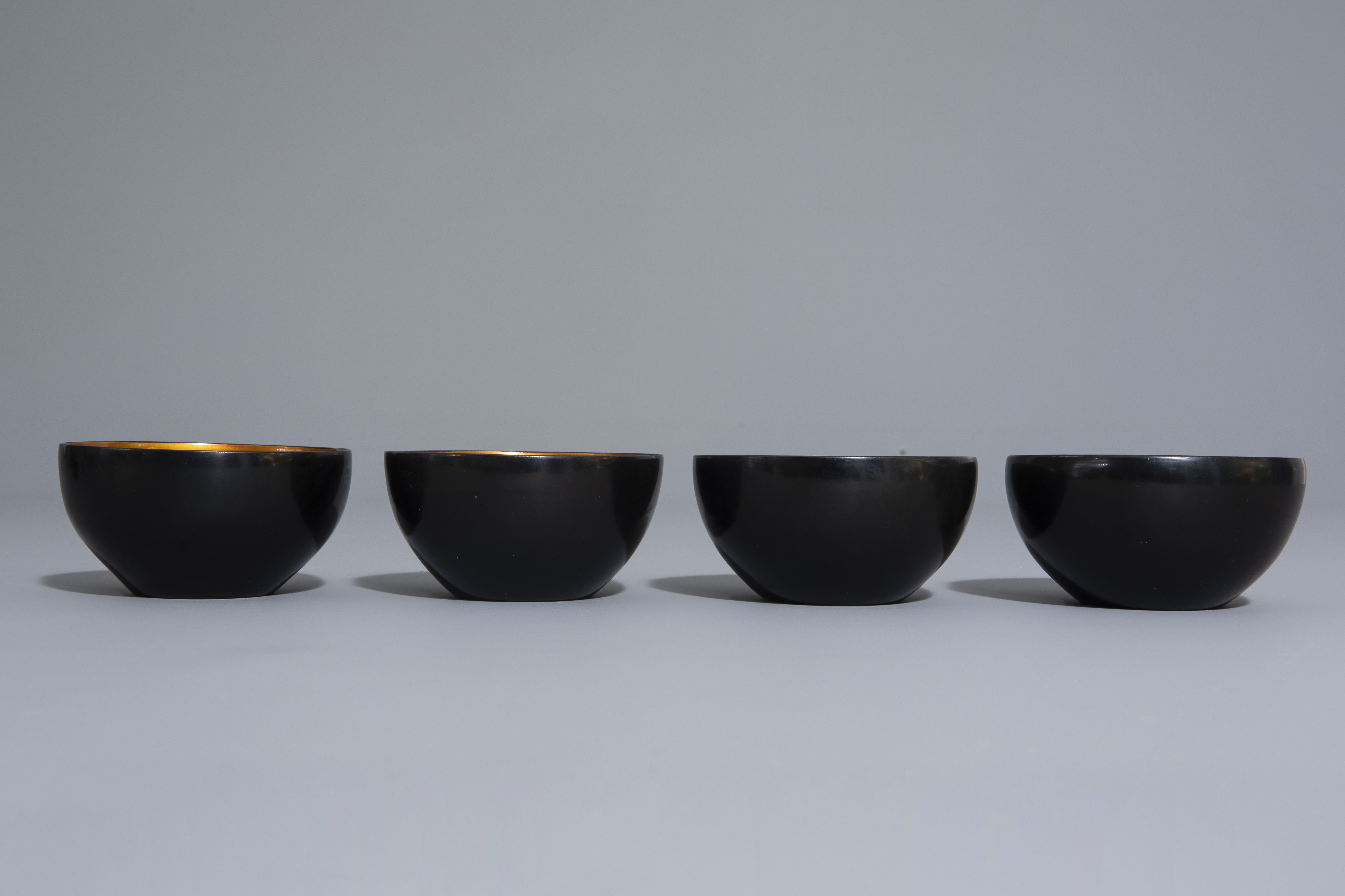 An extensive Chinese Foochow lacquer Shen Shao'an style coffee and tea service, 20th C. - Image 10 of 23