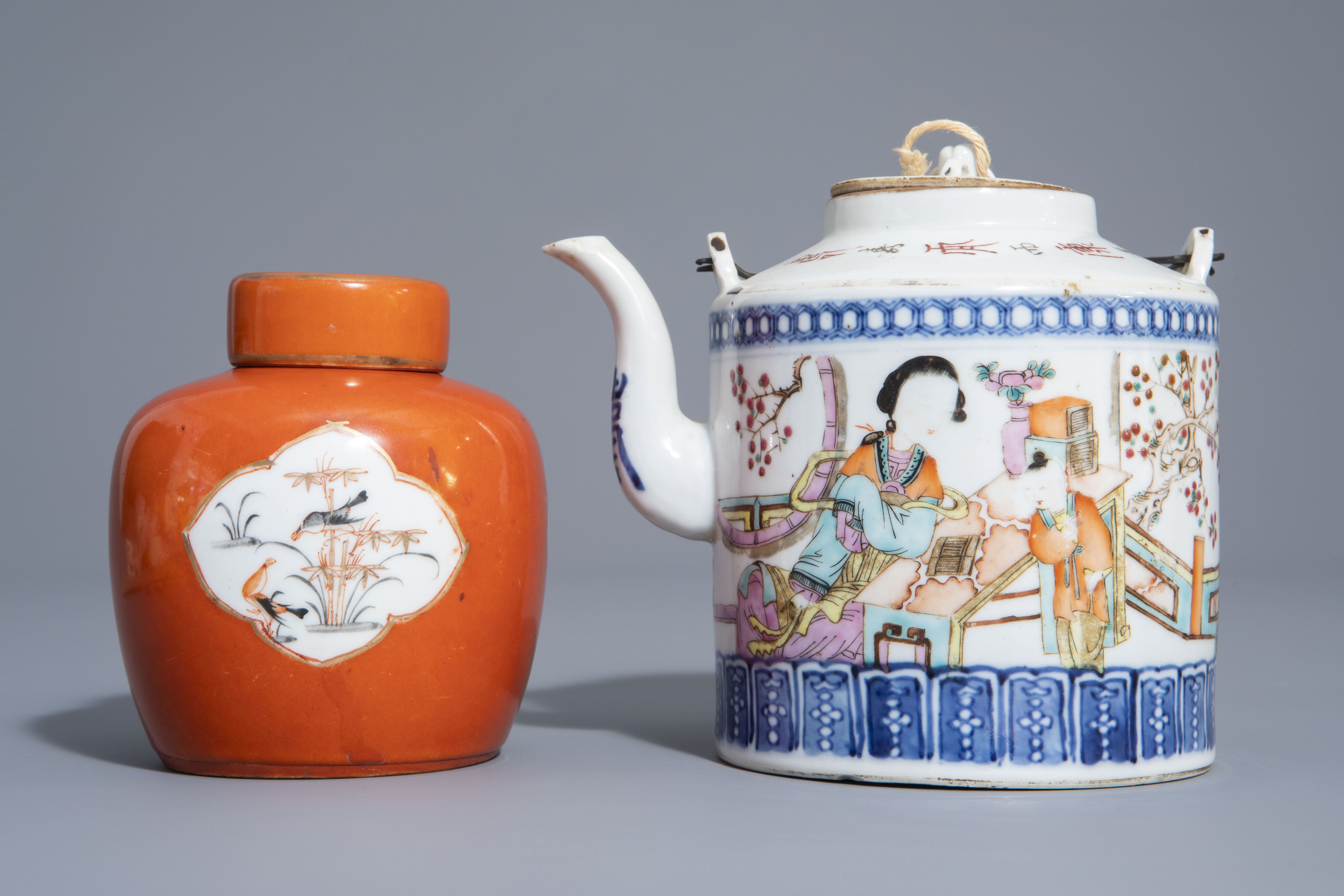 A varied collection of Chinese qianjiang cai and famille rose porcelain, 19th/20th C. - Image 6 of 11
