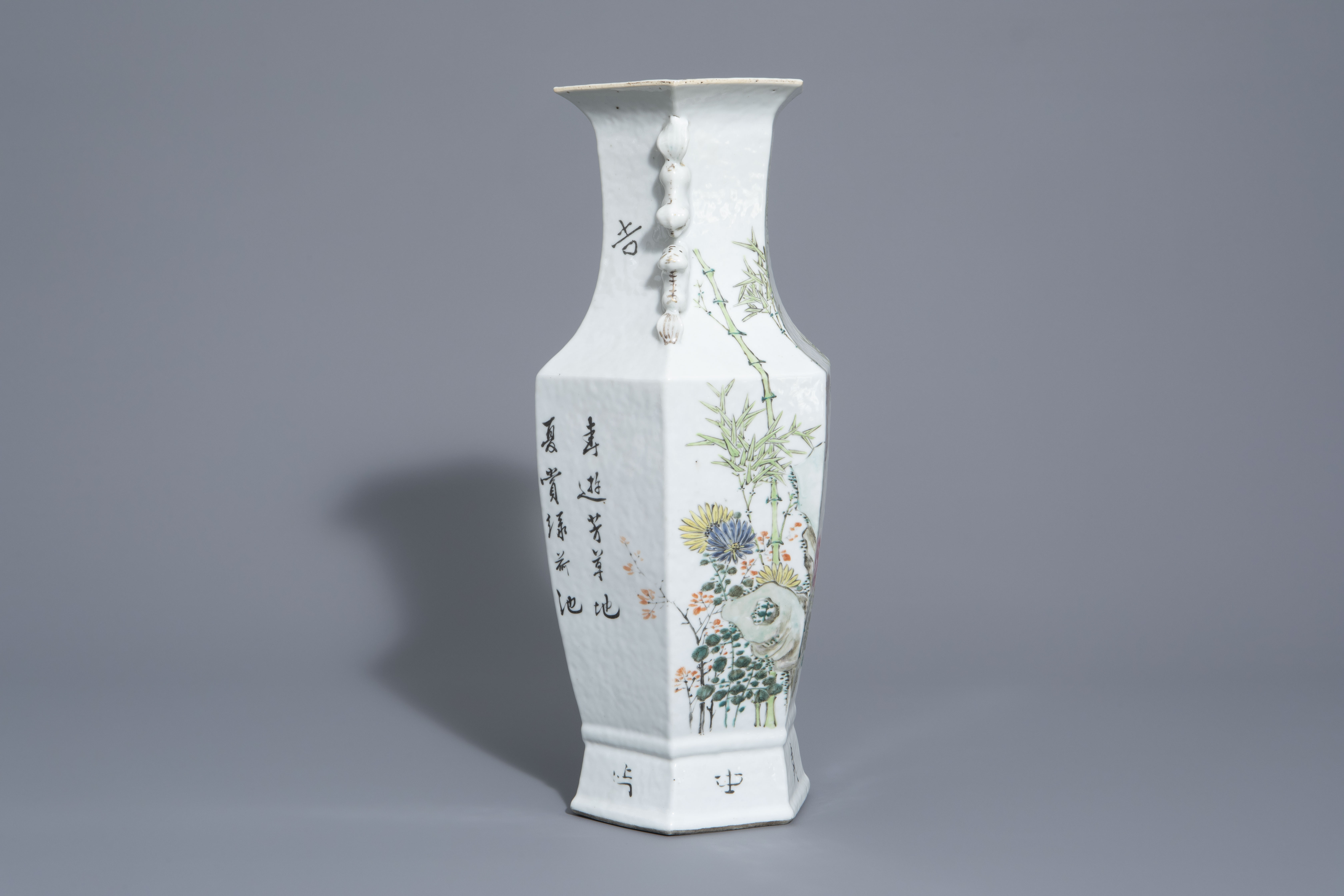 A hexagonal Chinese qianjiang cai vase with a bird among blossoming branches, 19th/20th C. - Image 2 of 6