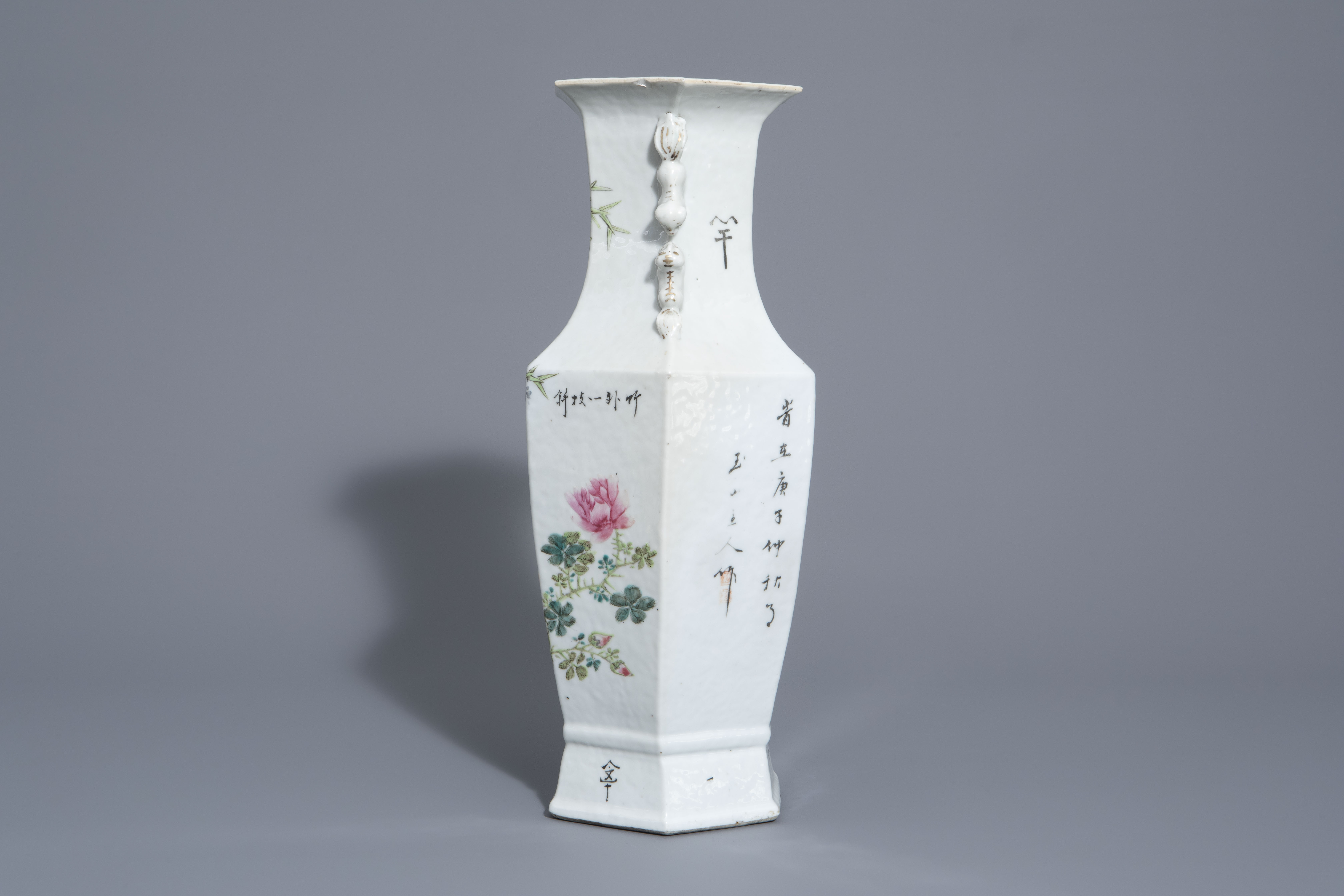 A hexagonal Chinese qianjiang cai vase with a bird among blossoming branches, 19th/20th C. - Image 4 of 6
