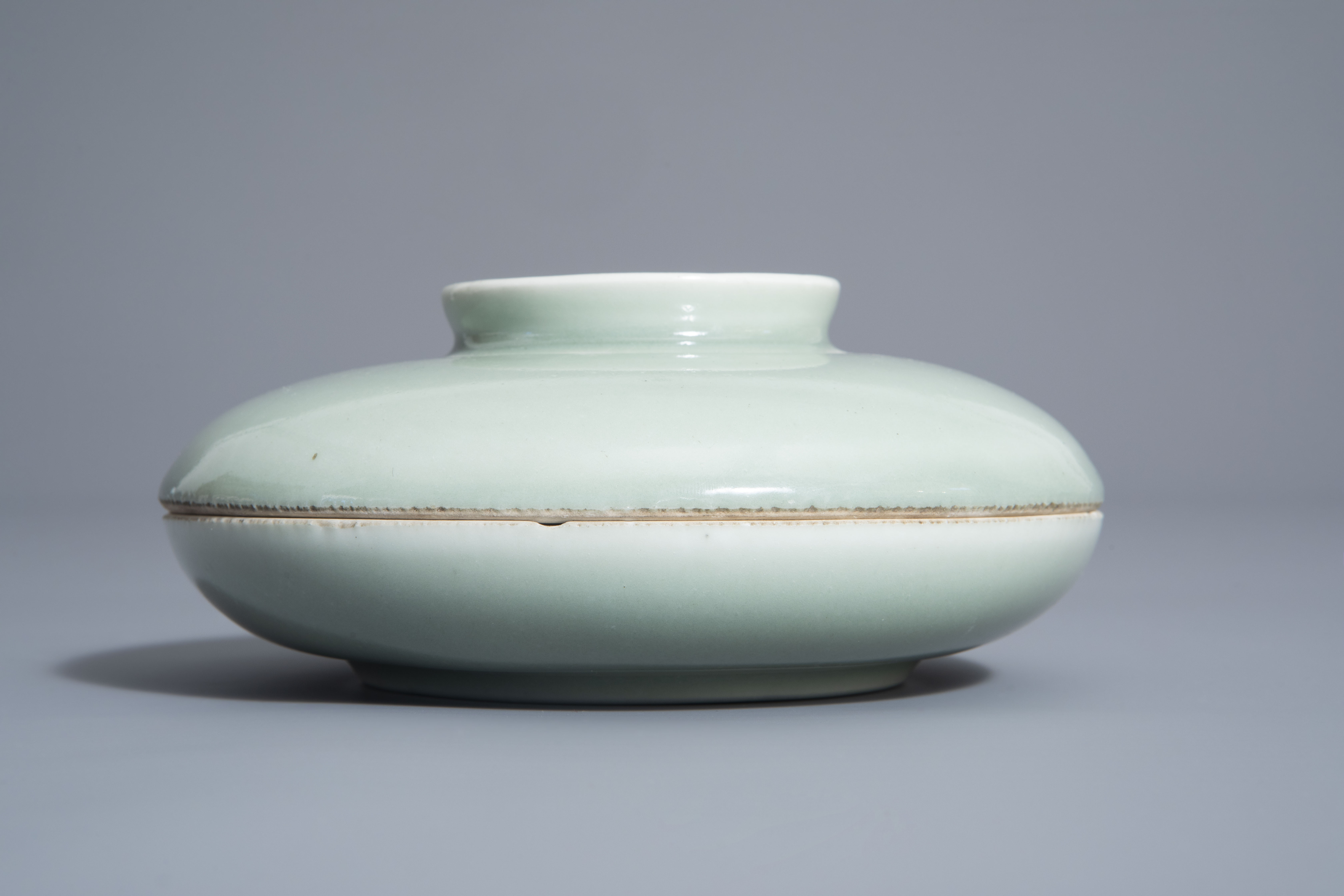 A Chinese celadon spice box, Qianlong mark, 19th C. - Image 4 of 12