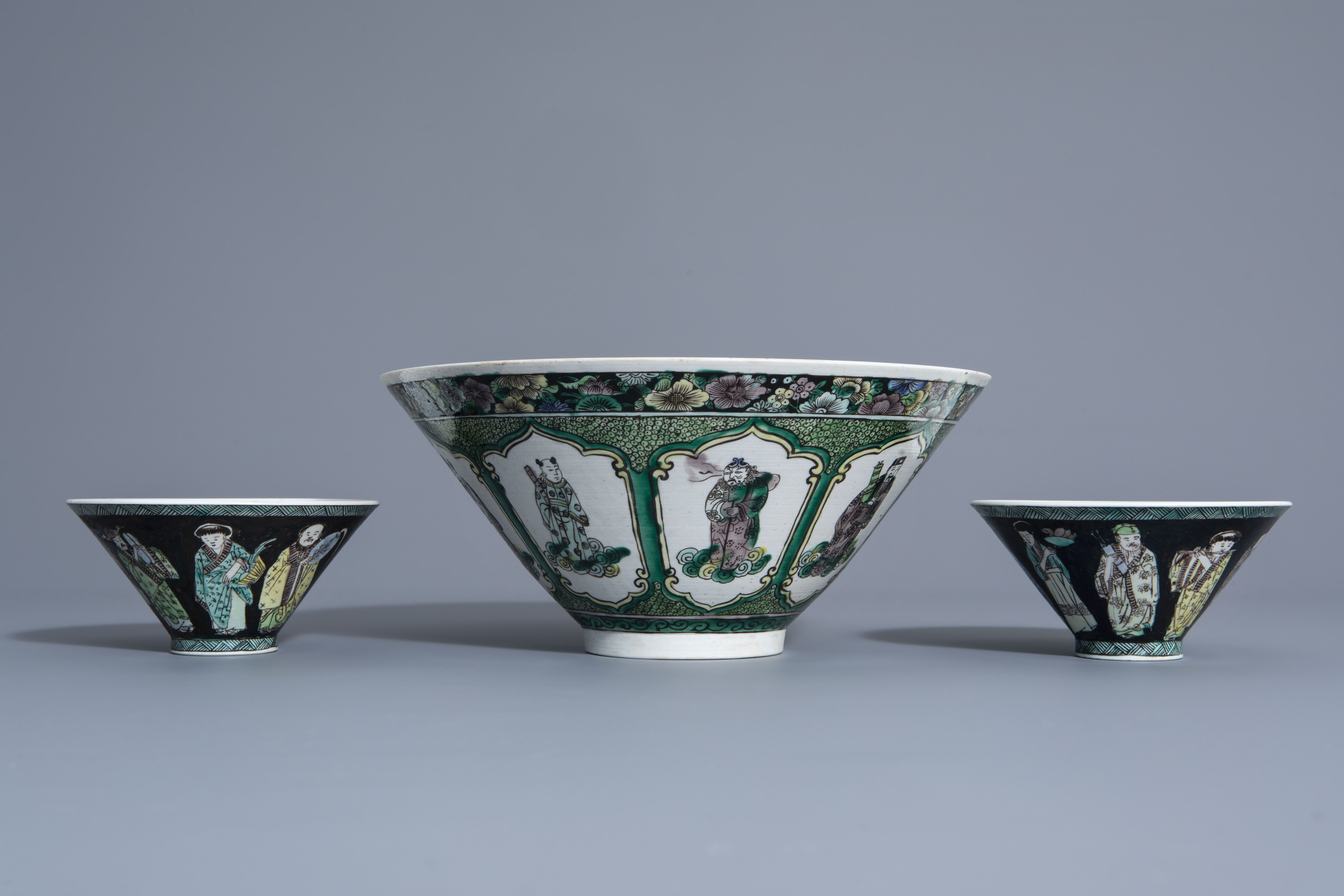 Three Chinese verte biscuit bowls with figurative design, Republic, 20th C. - Image 5 of 7