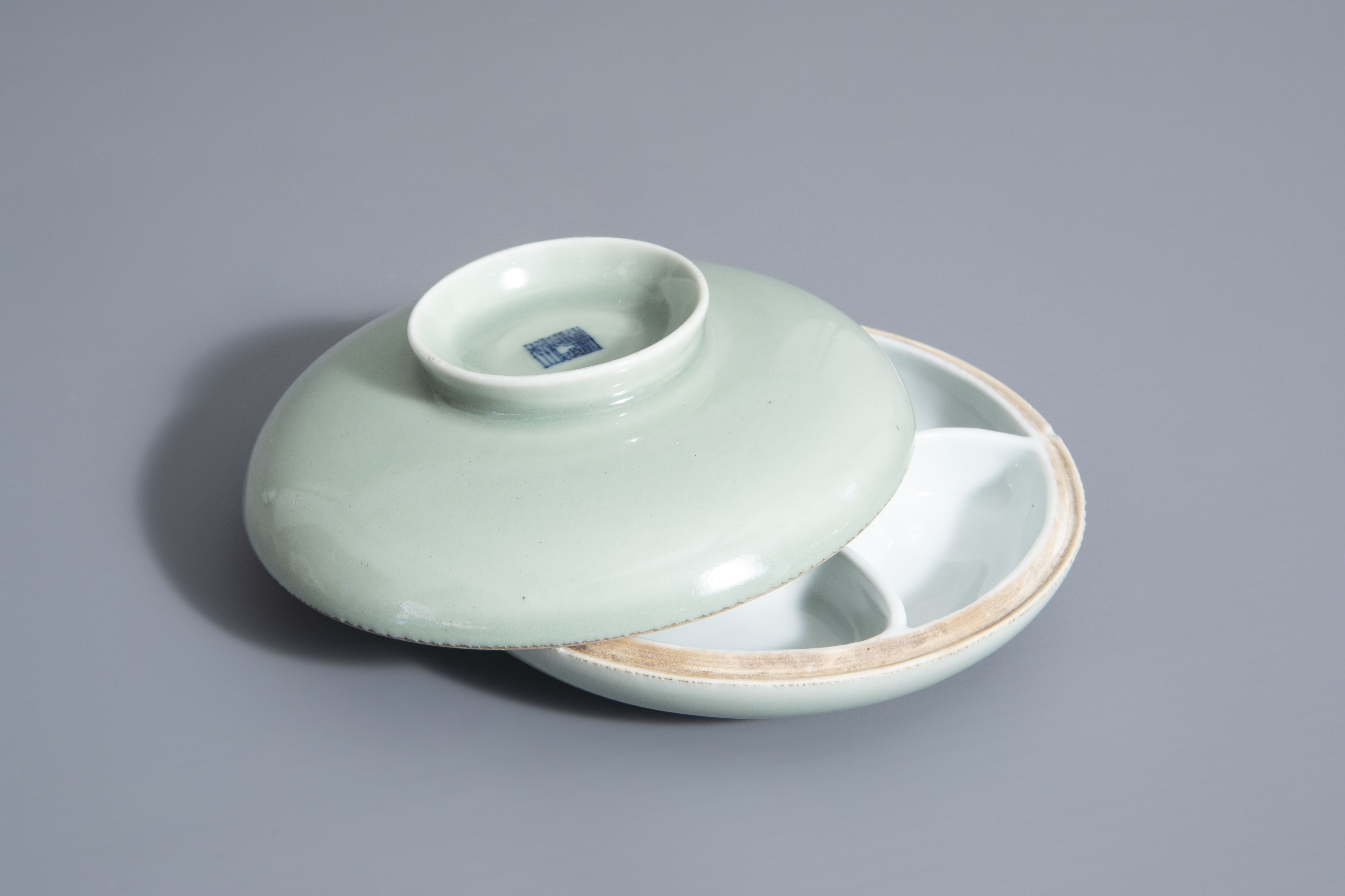 A Chinese celadon spice box, Qianlong mark, 19th C.