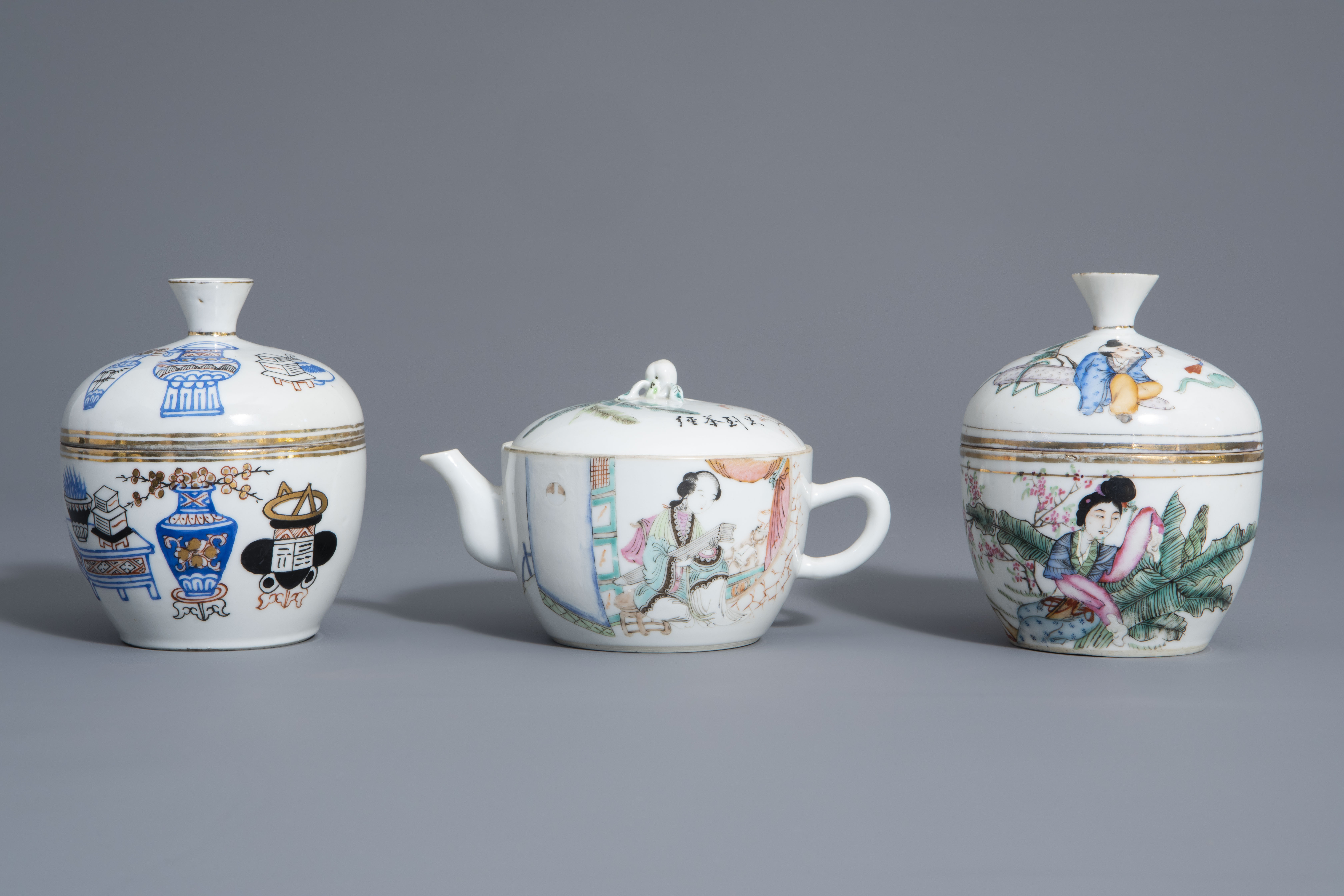 A varied collection of Chinese famille rose and blue and white porcelain, 19th/20th C. - Image 2 of 14