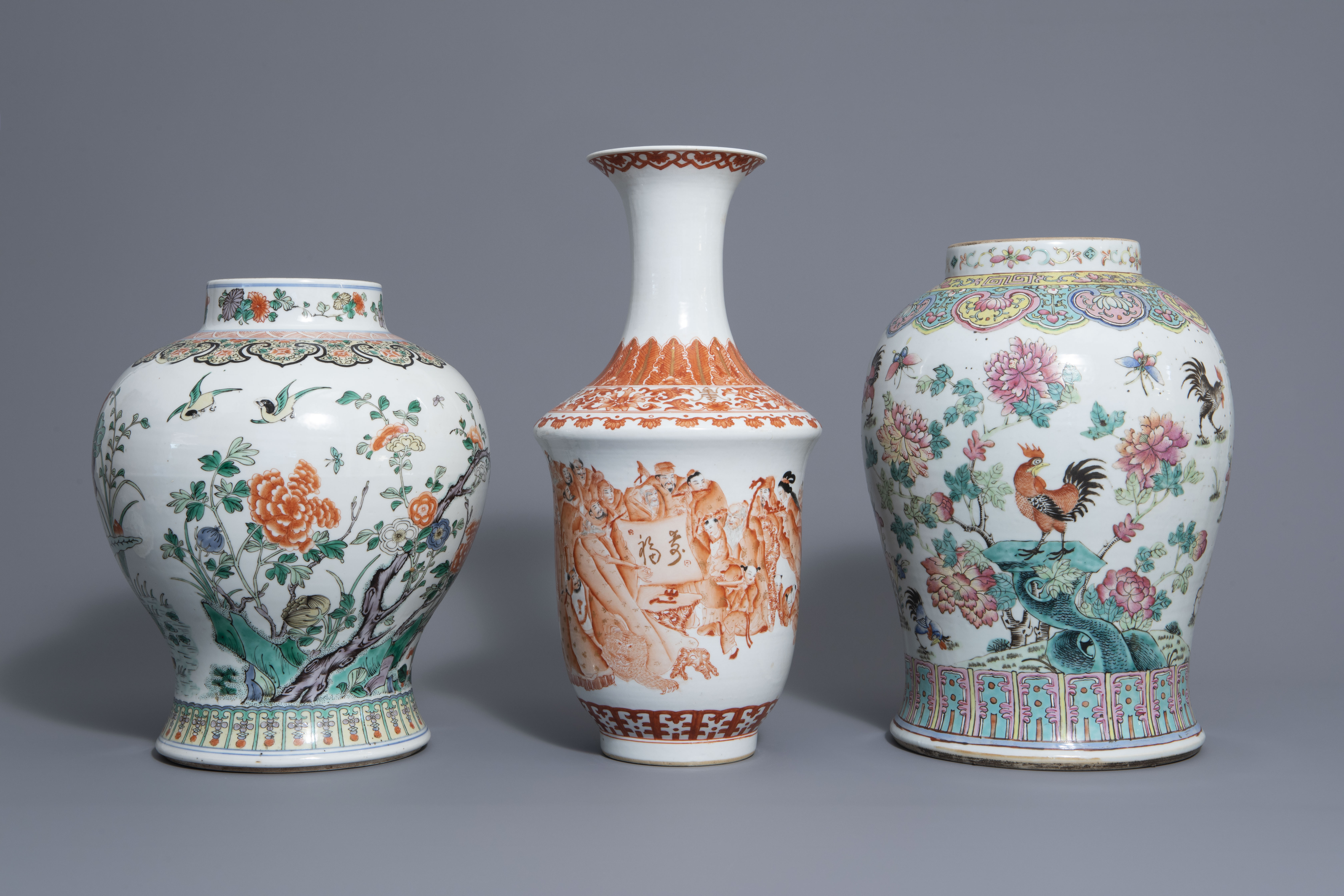 Three Chinese famille rose, verte and iron red vases with different designs, 19th/20th C. - Image 2 of 7