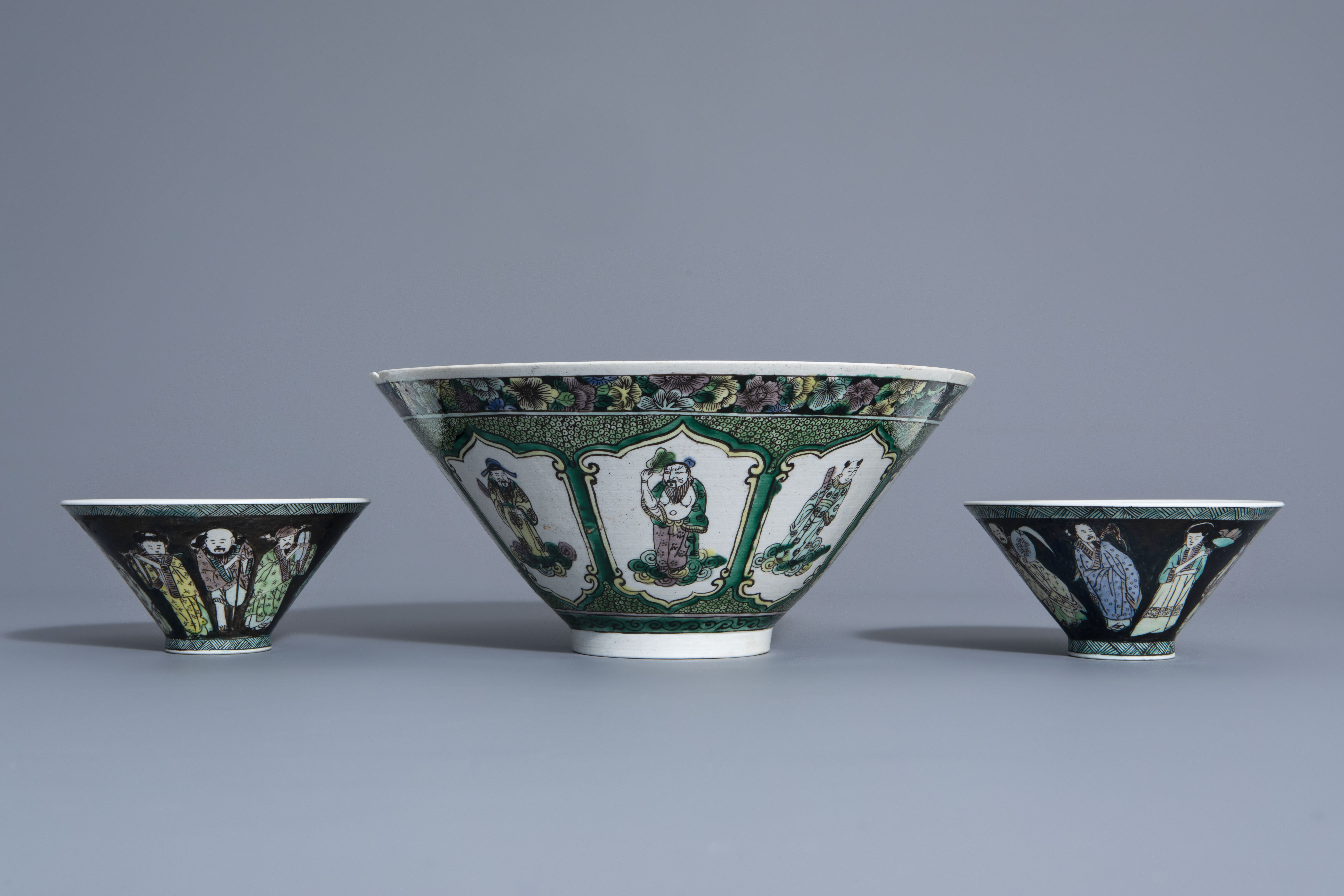 Three Chinese verte biscuit bowls with figurative design, Republic, 20th C. - Image 3 of 7