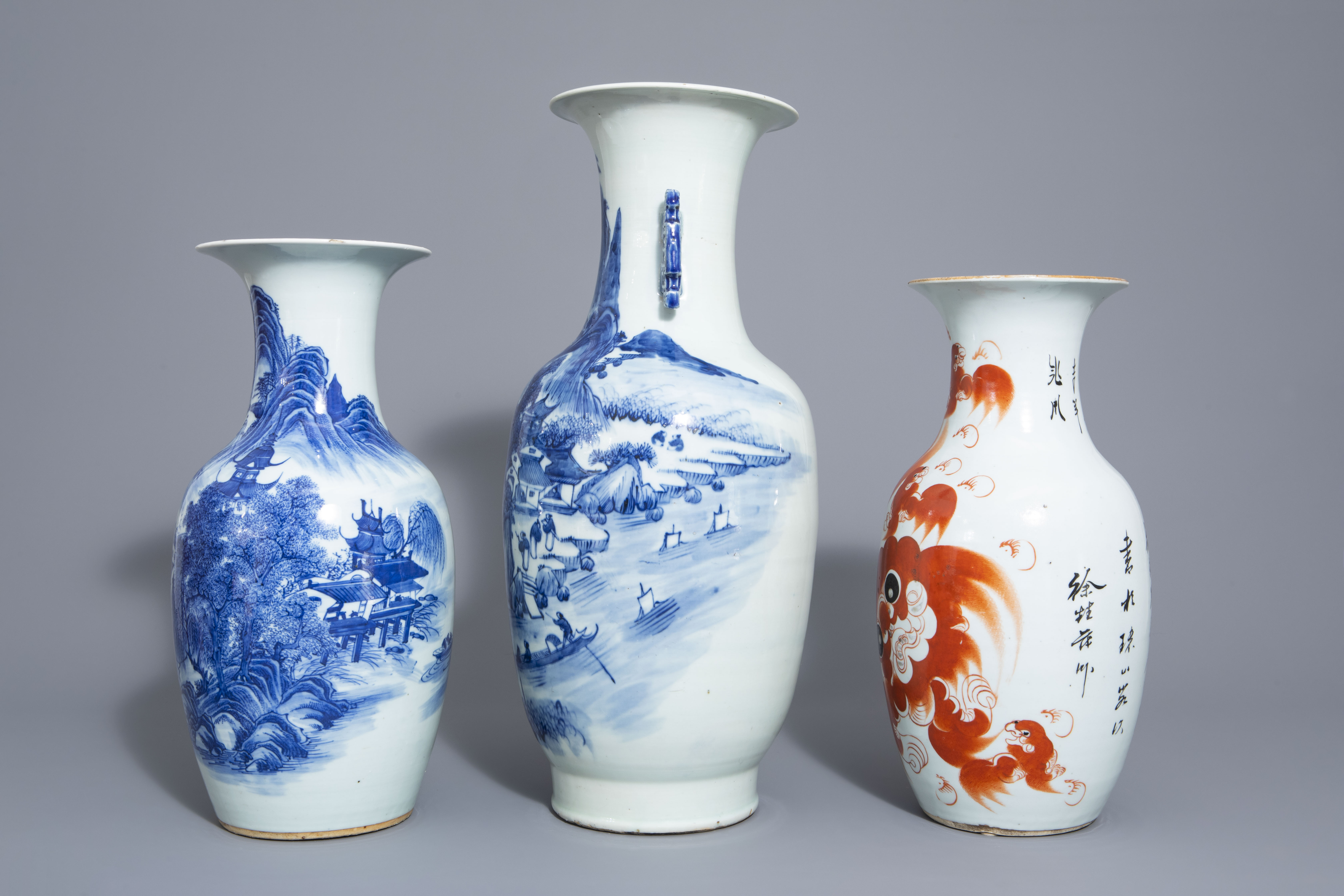 Three Chinese blue and white and iron red vases, 19th/20th C. - Image 4 of 6