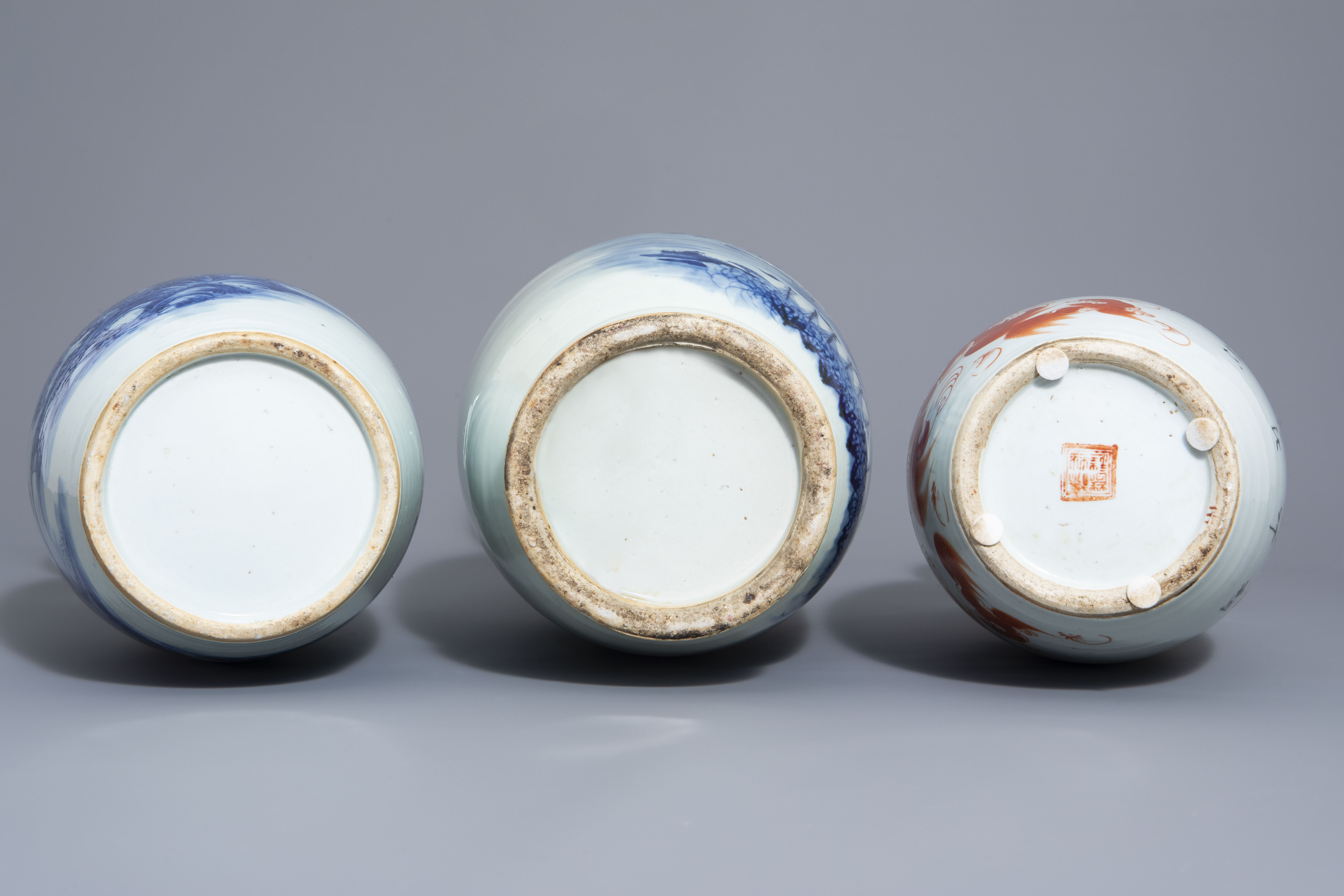 Three Chinese blue and white and iron red vases, 19th/20th C. - Image 6 of 6