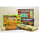 Group of retro / vintage / collectable games including MB Berzerk, Waddingtons Dinosaurs, Airfix