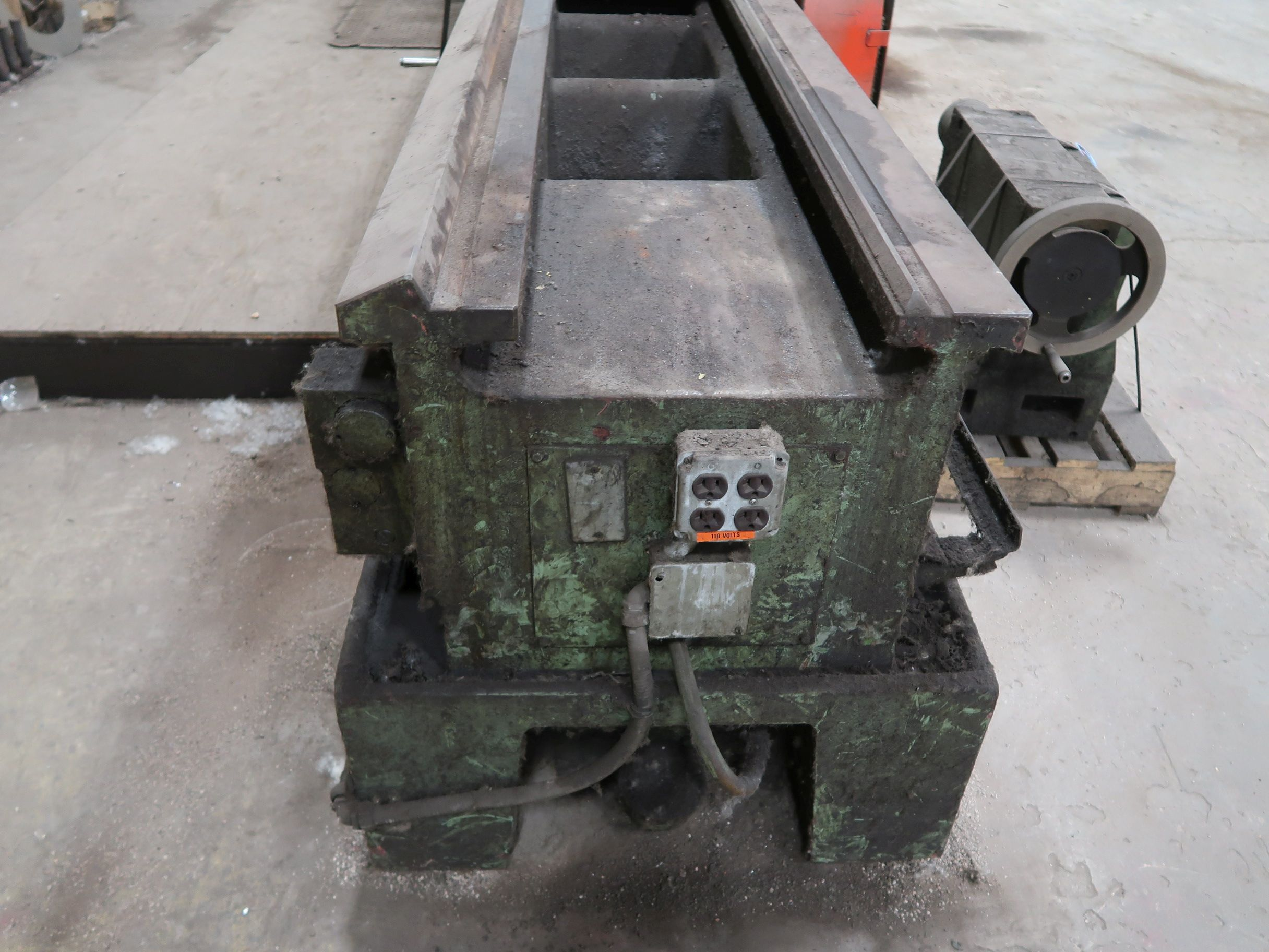 """40"""" X 160"""" GRUTZPE TIMEMASTER MODEL 4000/500 DOUBLE CHUCK ENGINE LATHE; SPEEDS TO 500 RPM, APPROX. - Image 12 of 14"""