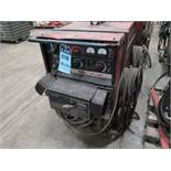 400 AMP LINCOLN DC-400 ARC WELDER W/ MULTI-PROCESS SWITCH