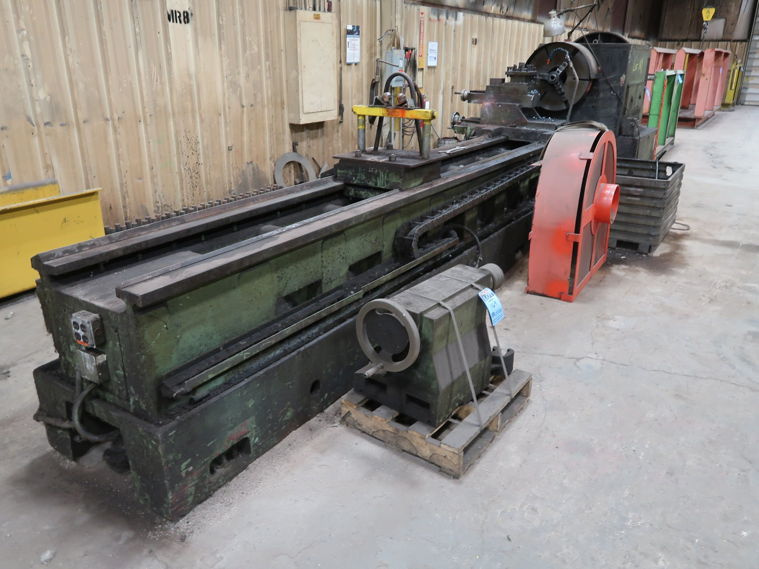 """40"""" X 160"""" GRUTZPE TIMEMASTER MODEL 4000/500 DOUBLE CHUCK ENGINE LATHE; SPEEDS TO 500 RPM, APPROX. - Image 2 of 14"""