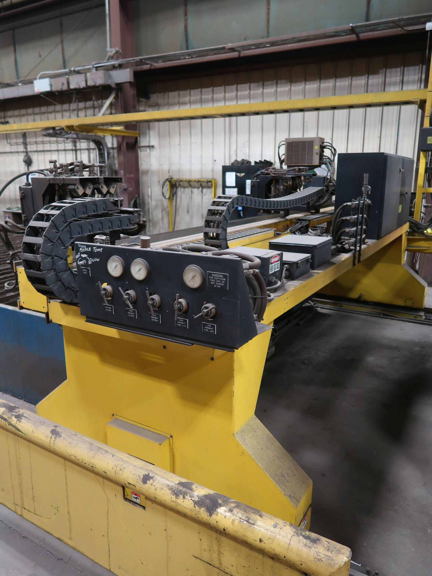 12' X 40' ESAB MODEL AVENGER 1-12 VISION PLASMA TABLE W/ BURNY 10 CONTROL; S/N 0560986386, UPDATED - Image 13 of 23