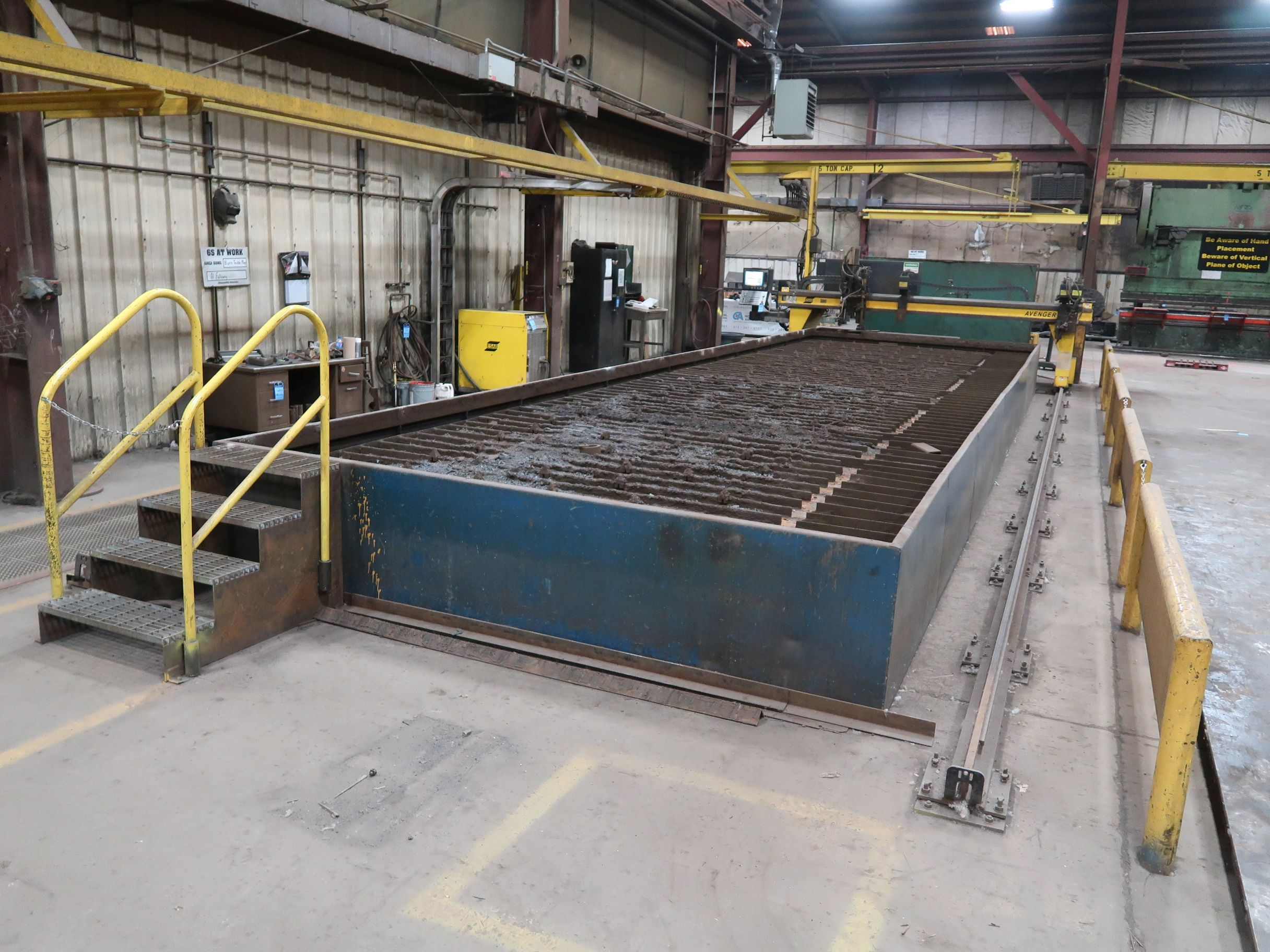 12' X 40' ESAB MODEL AVENGER 1-12 VISION PLASMA TABLE W/ BURNY 10 CONTROL; S/N 0560986386, UPDATED - Image 3 of 23
