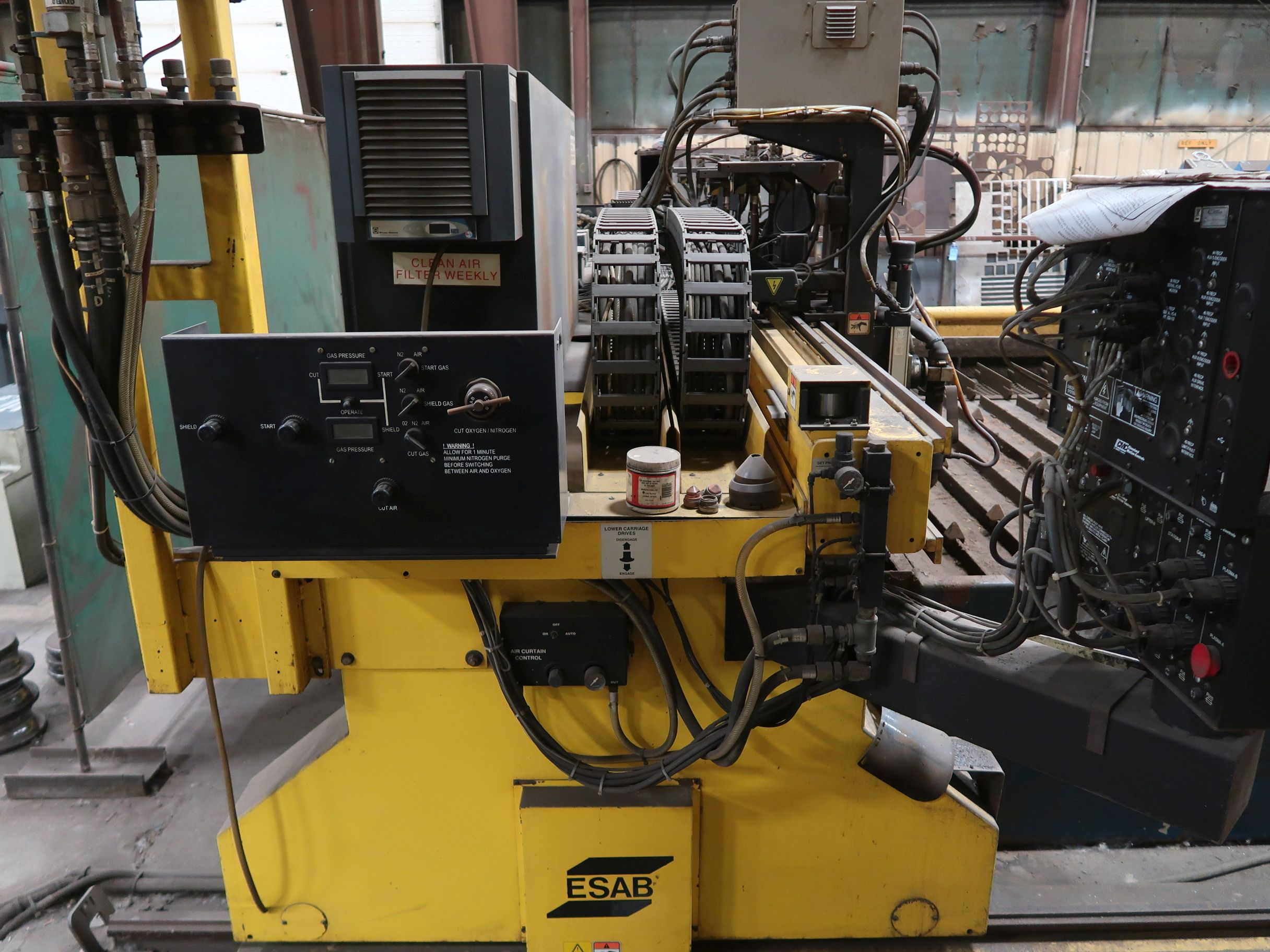 12' X 40' ESAB MODEL AVENGER 1-12 VISION PLASMA TABLE W/ BURNY 10 CONTROL; S/N 0560986386, UPDATED - Image 11 of 23