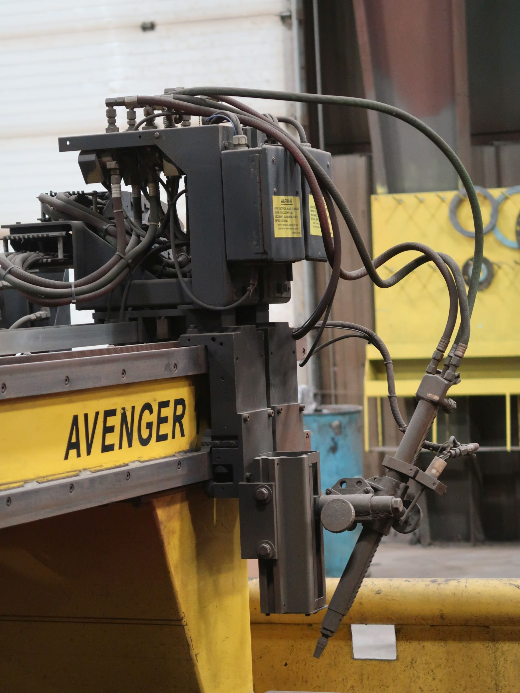 12' X 40' ESAB MODEL AVENGER 1-12 VISION PLASMA TABLE W/ BURNY 10 CONTROL; S/N 0560986386, UPDATED - Image 10 of 23