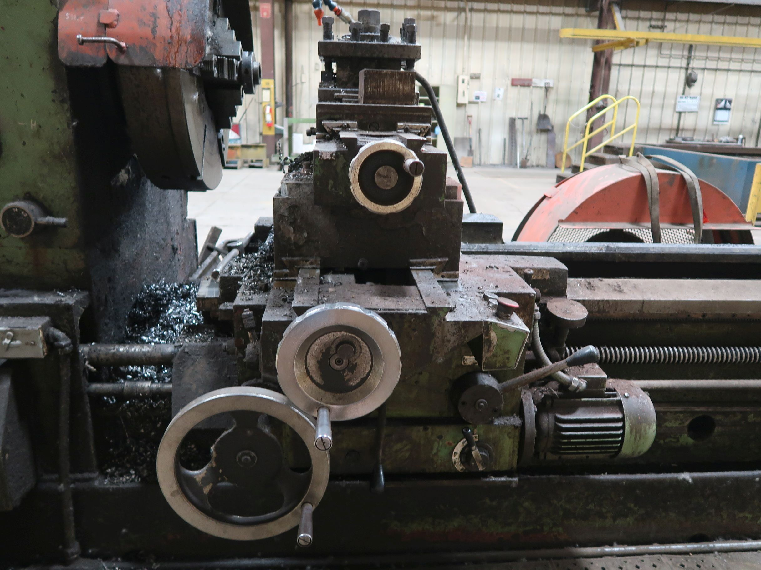 """40"""" X 160"""" GRUTZPE TIMEMASTER MODEL 4000/500 DOUBLE CHUCK ENGINE LATHE; SPEEDS TO 500 RPM, APPROX. - Image 9 of 14"""
