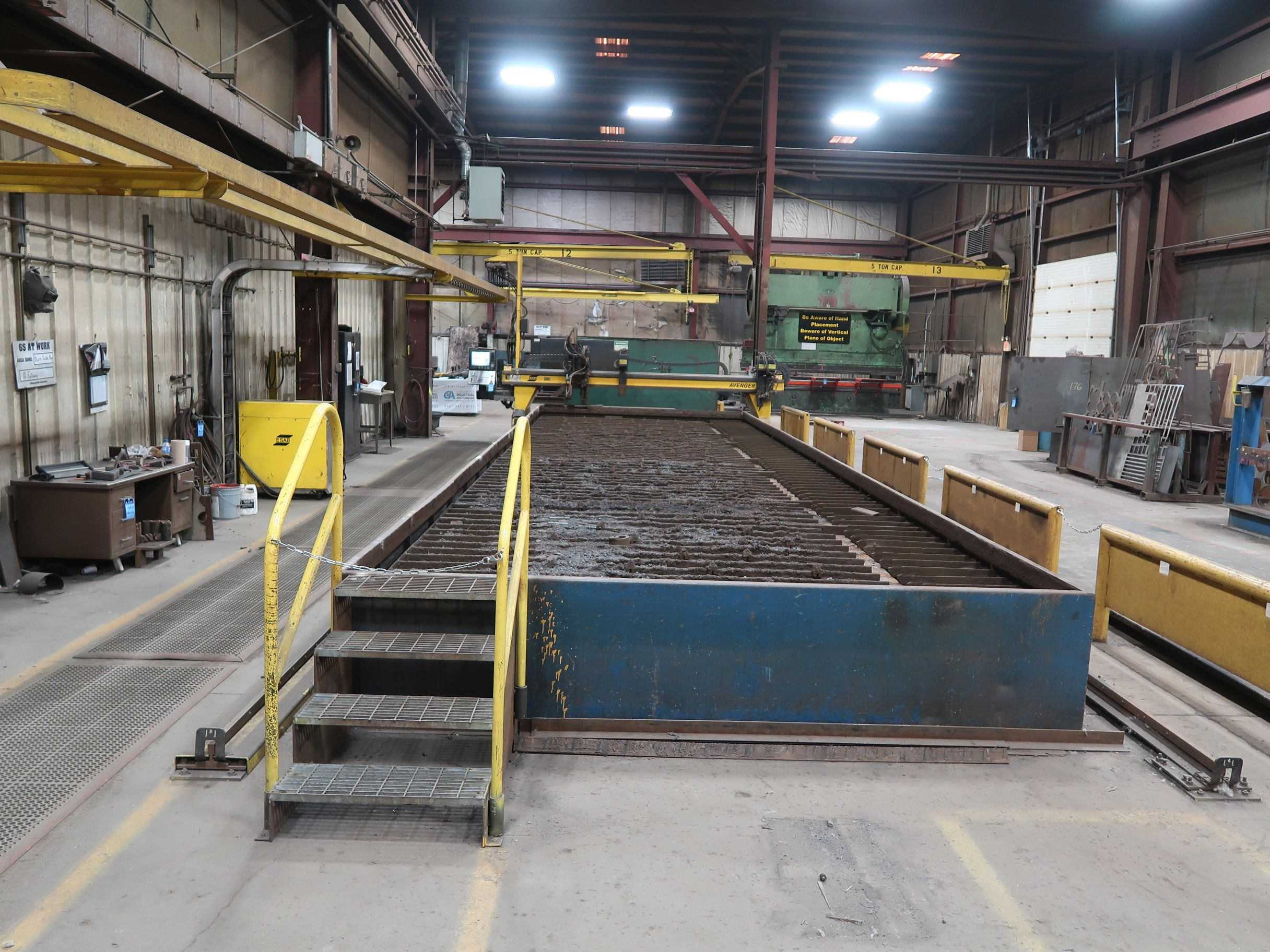 12' X 40' ESAB MODEL AVENGER 1-12 VISION PLASMA TABLE W/ BURNY 10 CONTROL; S/N 0560986386, UPDATED - Image 2 of 23