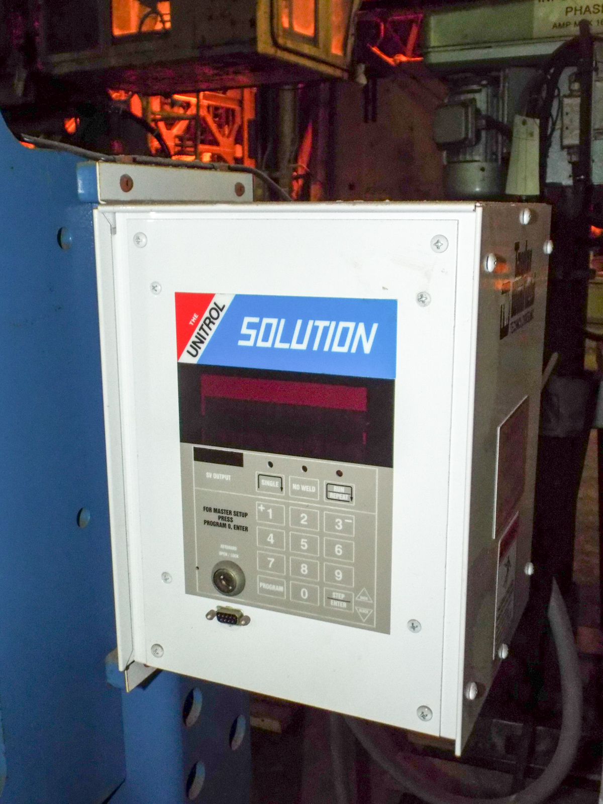 "TAYLOR WINFIELD NV-1 SPOT WELDERS WITH UNITROL SOLUTION DIGITAL CONTROL, 20 KVA, 575V, 8"" THROAT, 6"" - Image 2 of 5"