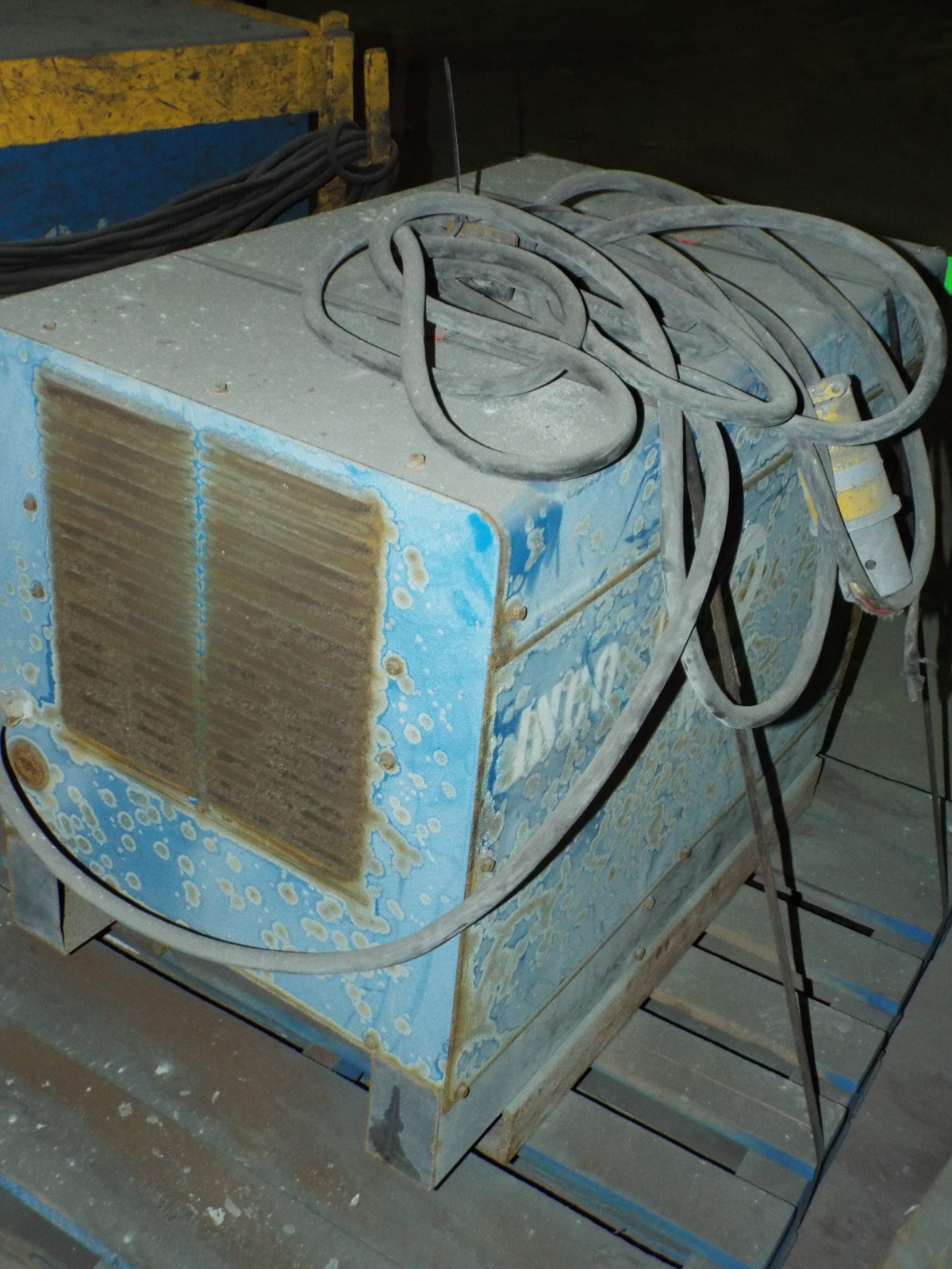 MILLER INTELLIWELD 650 WELDING POWER SOURCE WITH CABLES, S/N: N/A - Image 2 of 3