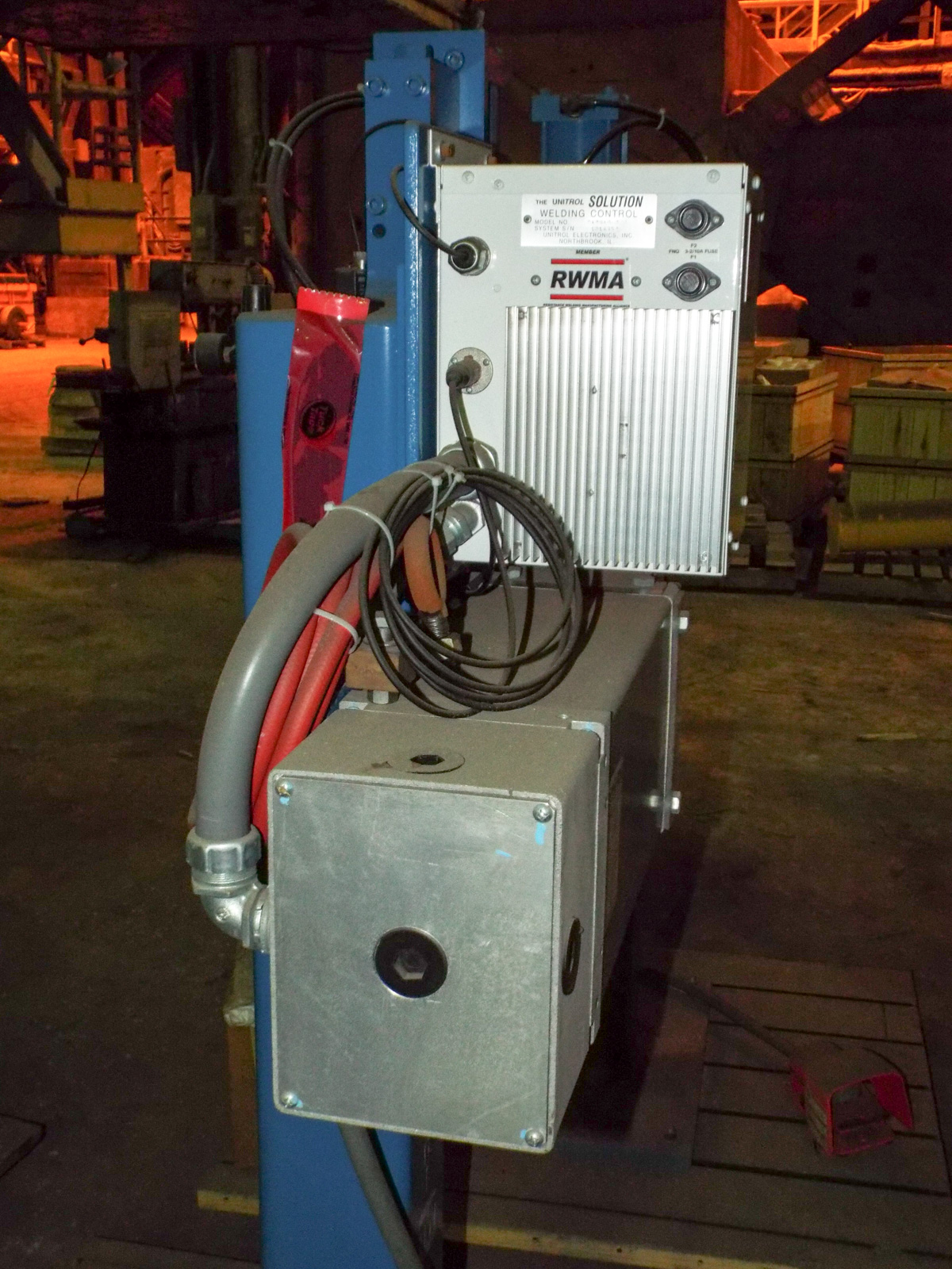 "TAYLOR WINFIELD NV-1 SPOT WELDERS WITH UNITROL SOLUTION DIGITAL CONTROL, 20 KVA, 575V, 8"" THROAT, 6"" - Image 4 of 5"