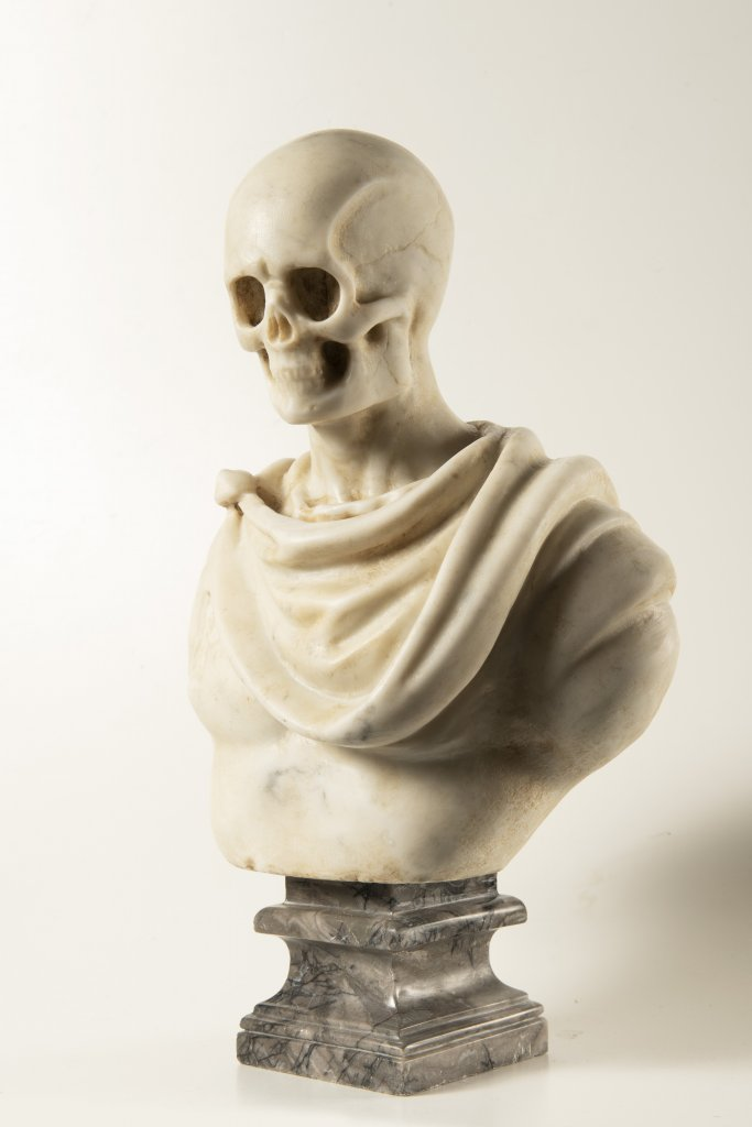 A MEMENTO MORI 19th century Italy Marble 38 cm This rare white Carrara marble bust presents an - Image 2 of 2