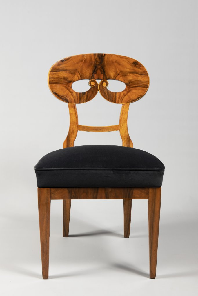 A SUITE OF THREE BIEDERMEIER CHAIRS 1820 - 1830 Central Europe Walnut and maple 91 x 50 x 47 cm This - Image 2 of 3