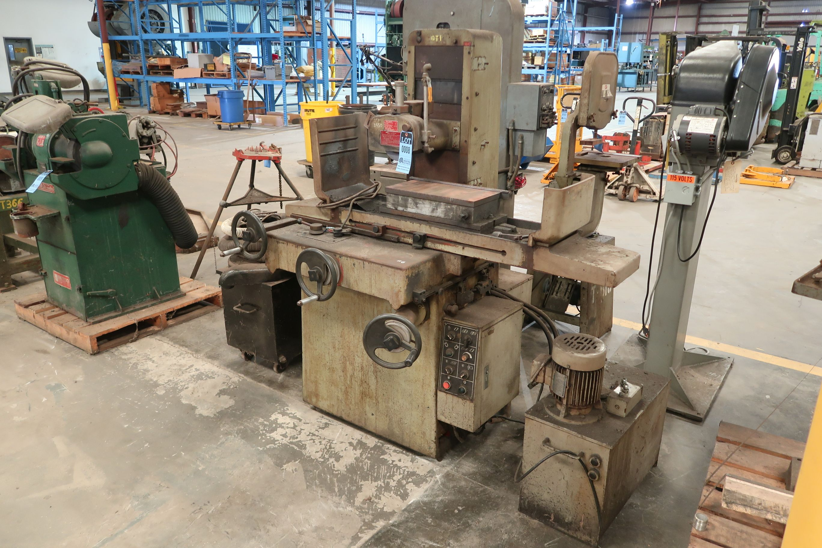 """8"""" X 16"""" KENT MODEL KGS-250AH HYDRAULIC SURFACE GRINDER; S/N 781202-17 WITH DUST COLLECTOR - Image 2 of 7"""