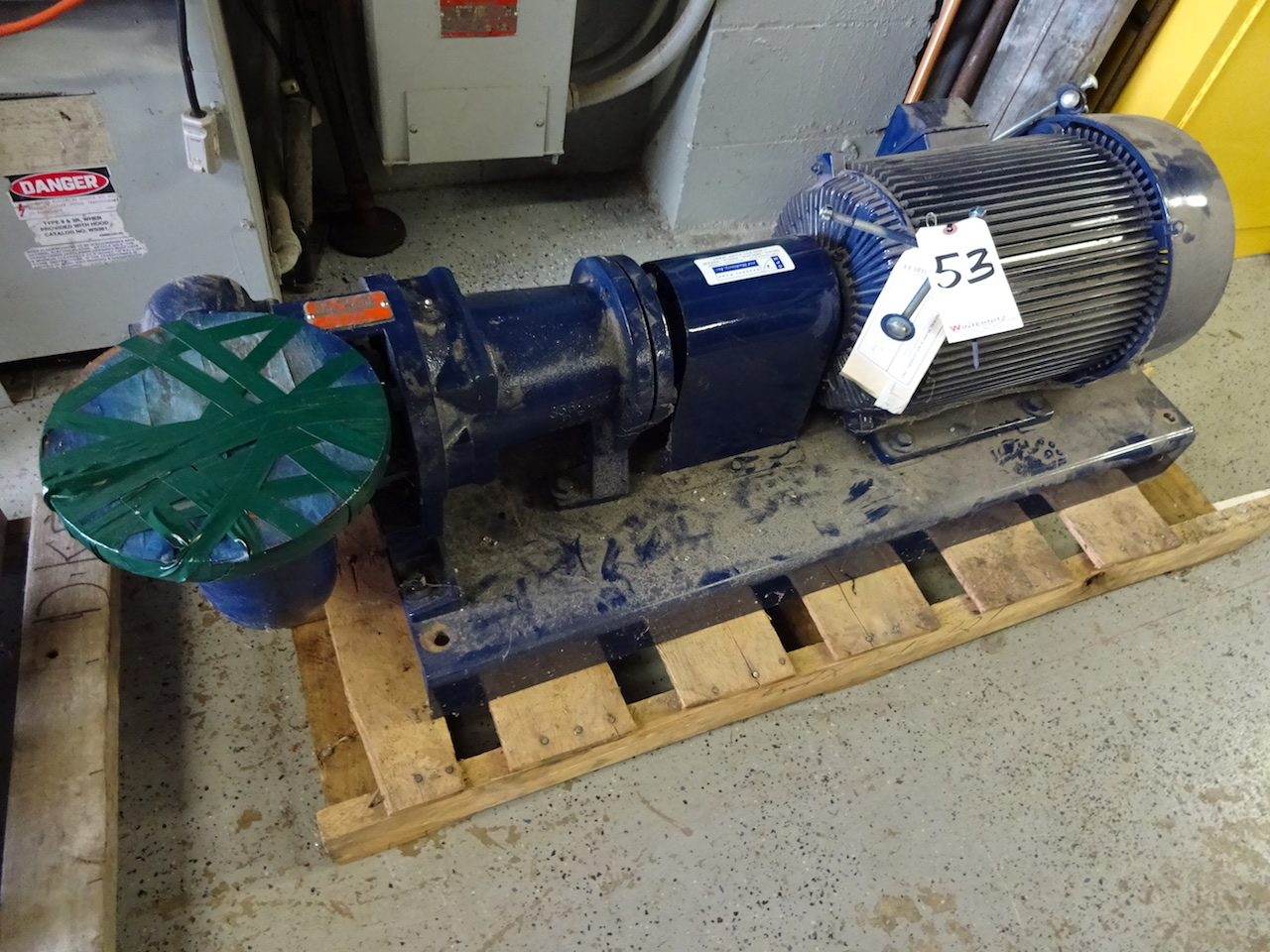 Lot 53 - PENTAIR 15HP SIZE 4X4X7A 400GPM 3600 RPM PUMP