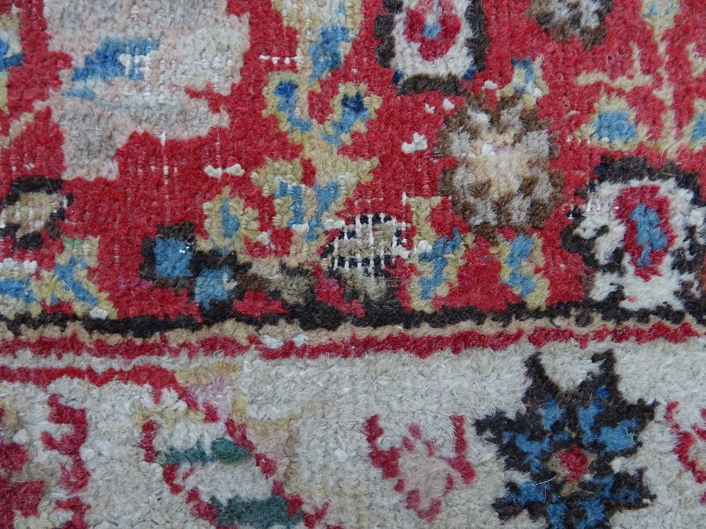 A Mahal rug, the chequered feel with a medallion to the centre, - Image 7 of 8