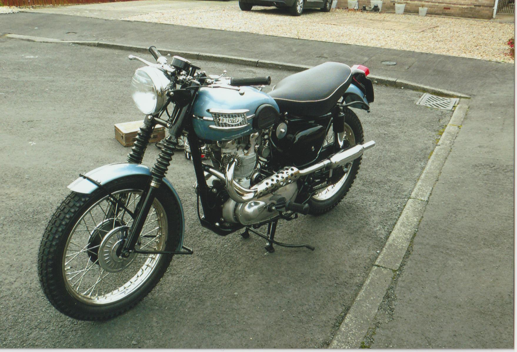 Lot 55 - 1955 Triumph TR5 Replica