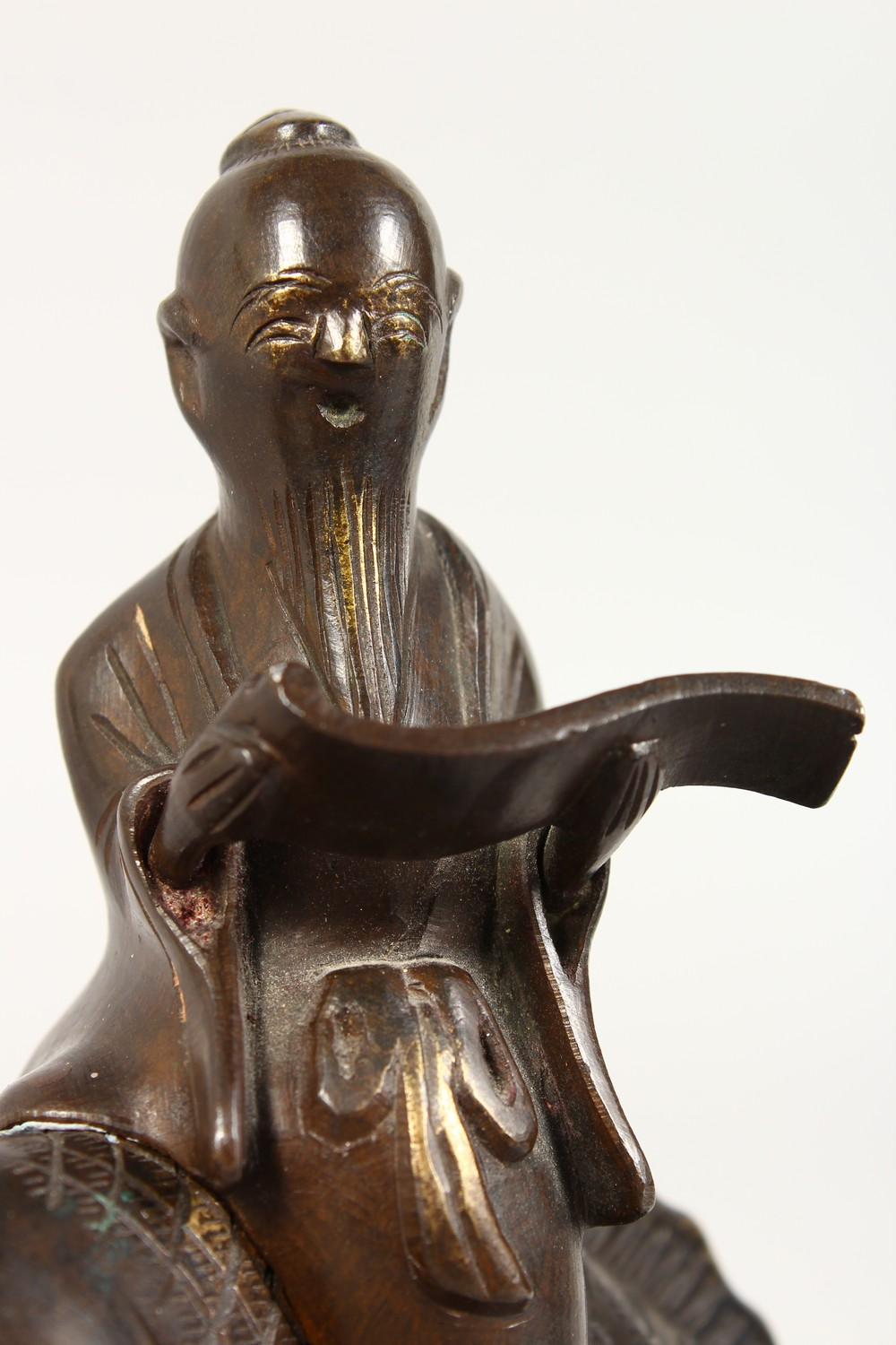 A GOOD JAPANESE MEIJI PERIOD BRONZE KORO OF EBISU - LUCKY GOD & FISH, the censer formed from the - Image 6 of 10