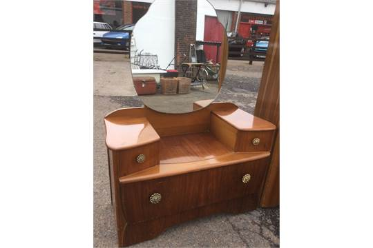 buy online 40c83 82235 A Lebus 50s walnut bedroom suite with dressing table ...