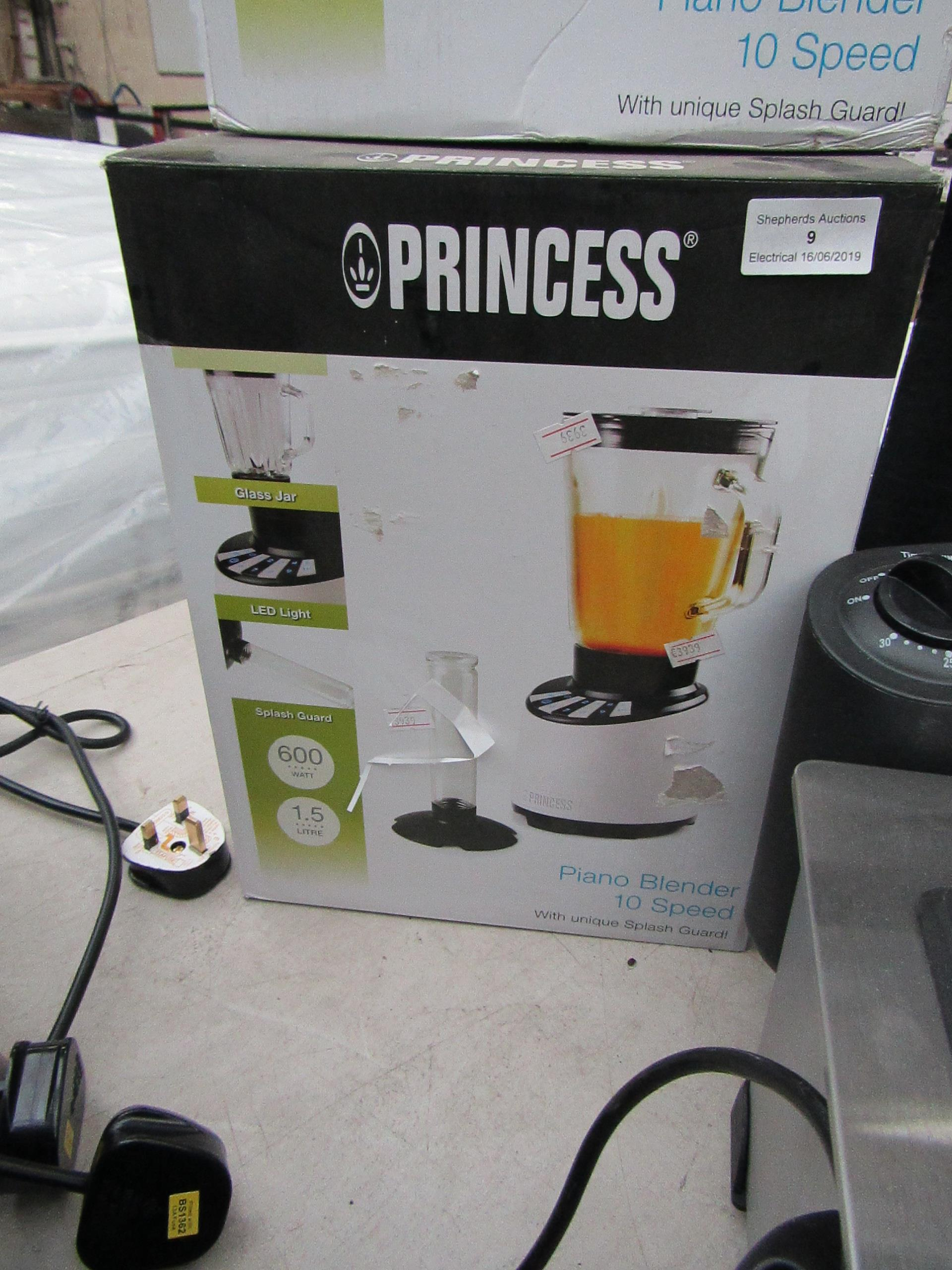 Lot 9 - 3x Princess piano 10 speed blenders, all tested working and boxed.
