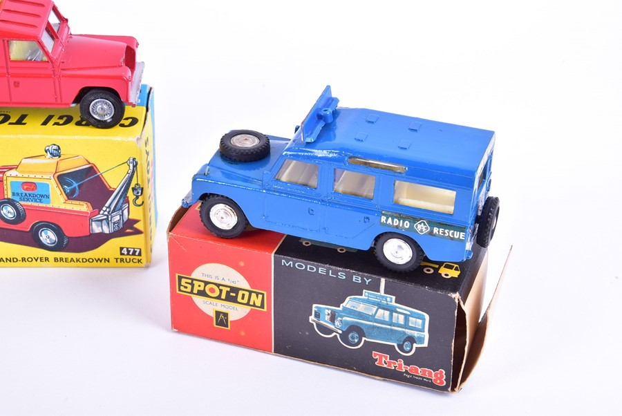 Lot 84 - A Corgi 1105 Horse Transporter together with a 341 Mini Marcos GT 850 and a 477 Land-Rover Breakdown