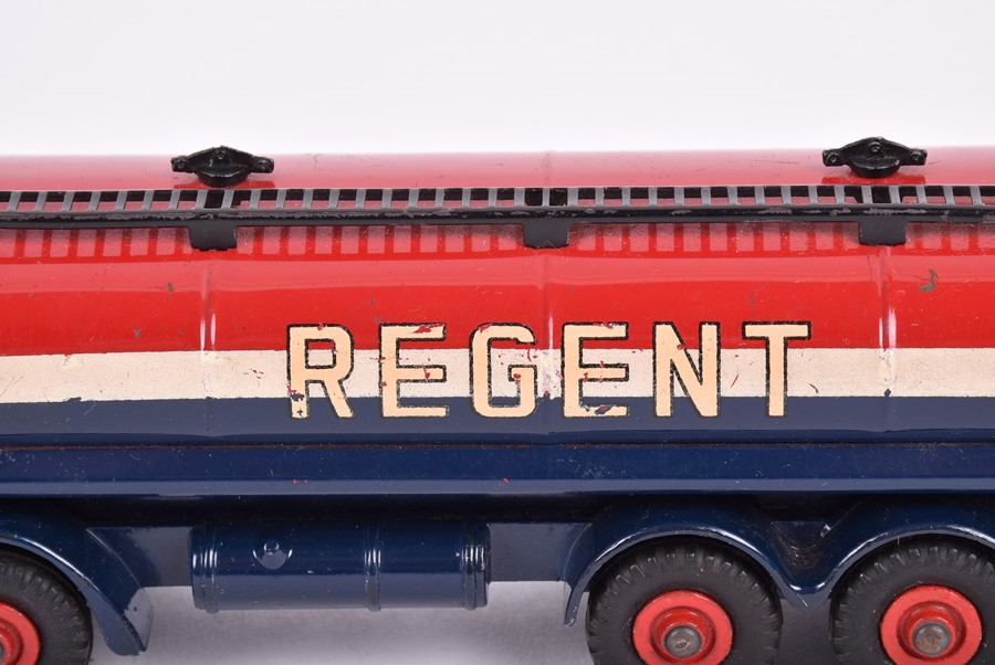 Lot 17 - A Dinky Toys 942 Foden 14-Ton 'Regent' Tanker in original box.CONDITION REPORTLightly playworn,