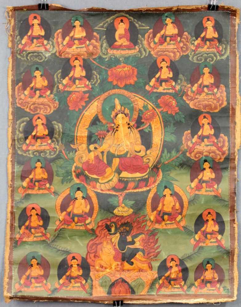 Lot 32 - Gelbe Tara ? Thangka, China / Tibet alt.58 cm x 45 cm. Gemälde.Yellow Tara ? Thangka, China /
