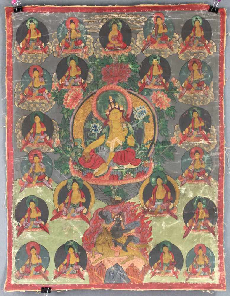 Lot 31 - Gelbe Tara ? Thangka, China / Tibet alt.60 cm x 46 cm. Gemälde.Yellow Tara ? Thangka, China /