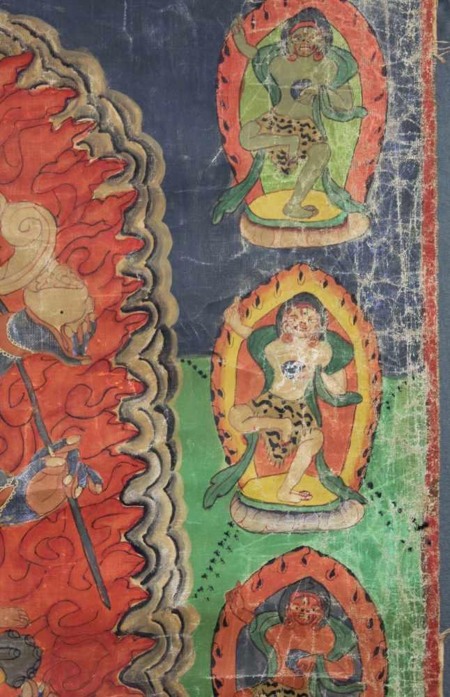 Lot 53 - Caturbhuja - Mahakala ? Thangka, China / Tibet alt.74,5 cm x 70 cm. Gemälde.Caturbhuja -