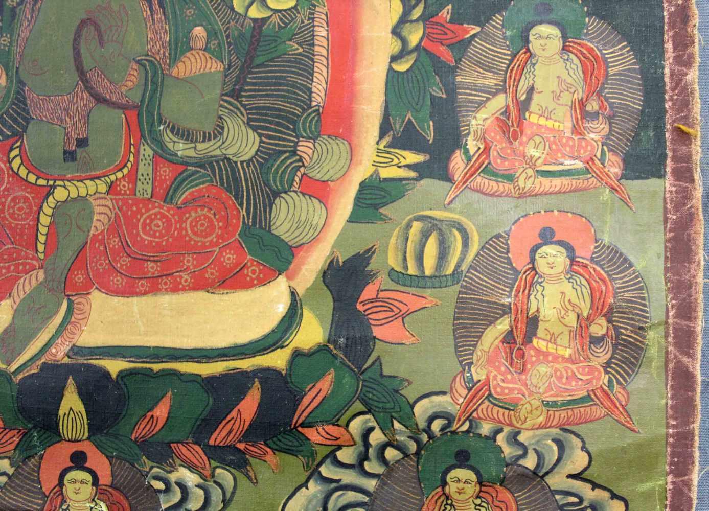 Lot 48 - Tara ? Thangka, China / Tibet alt.60,5 cm x 47 cm. Gemälde.Tara ? Thangka, China / Tibet old.60,5 cm