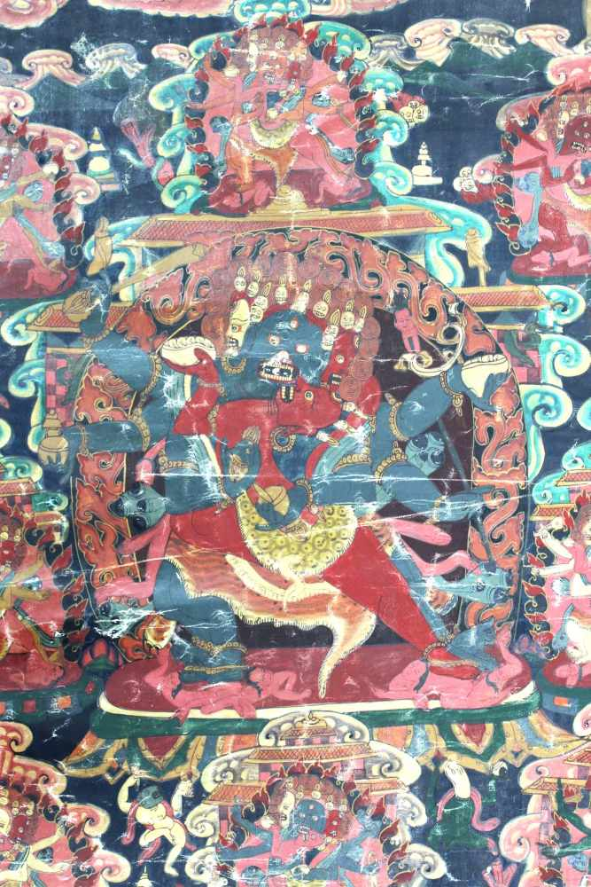 Lot 4 - Thangka, China / Tibet alt. Wohl Yama / Mahakala ?72 cm x 52 cm. Gemälde.Thangka, China / Tibet old.