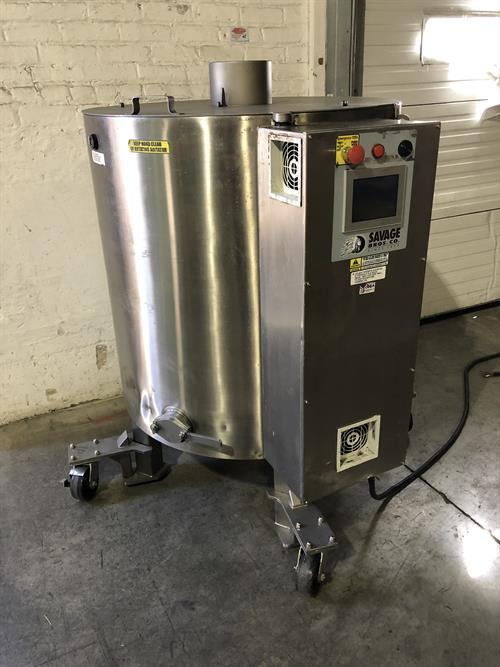 Lot 19 - Savage 1250-lb Stainless Steel Chocolate Melter - model 0974-36, with PLC touchscreen controls -