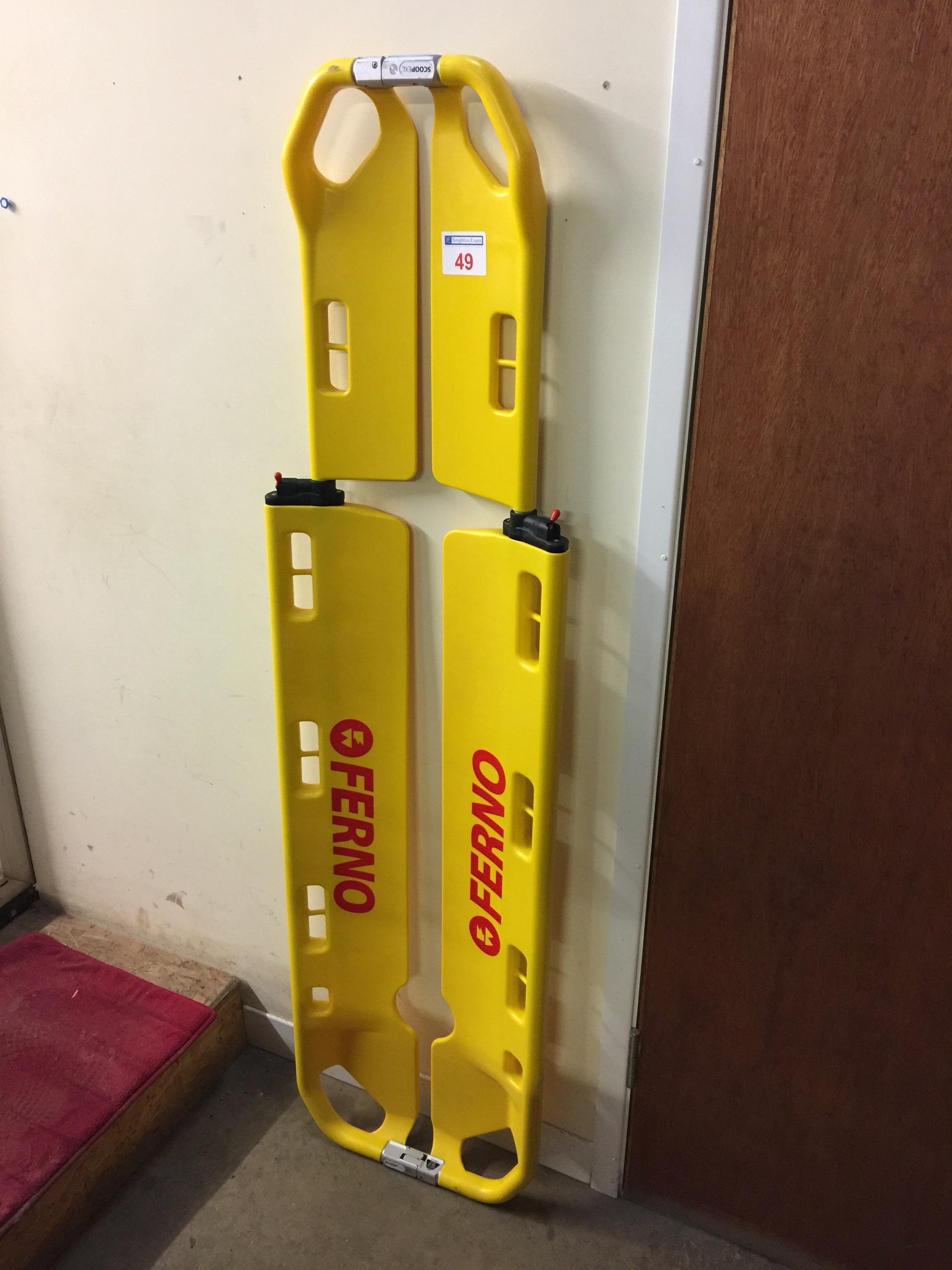 Lot 49 - Ferno Scoop EXL plastic scoop stretcher