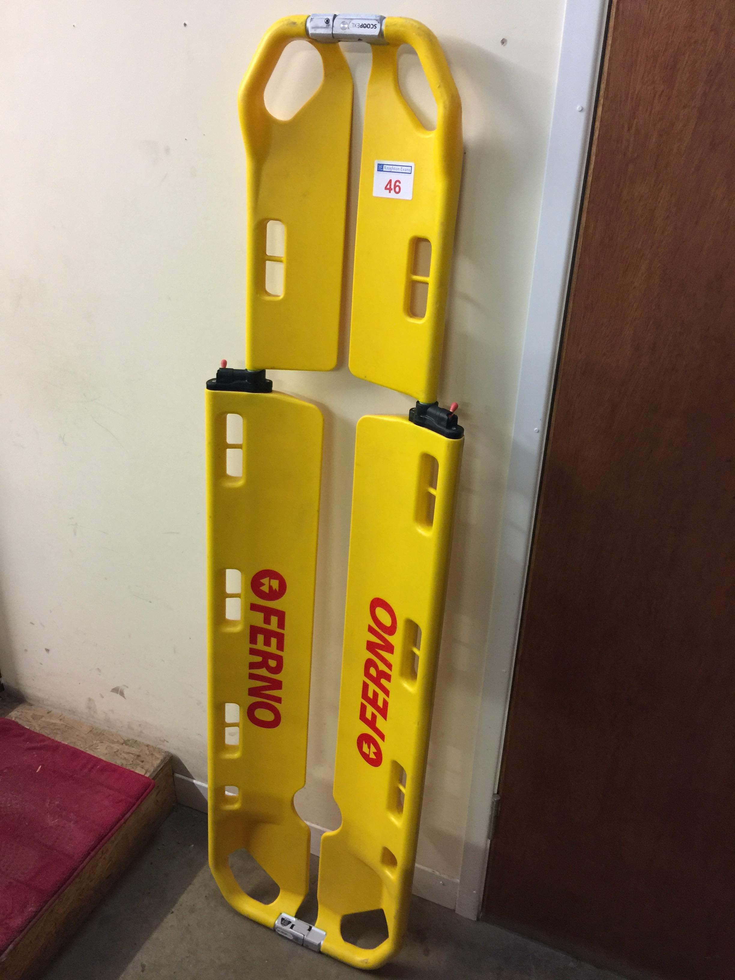 Lot 46 - Ferno Scoop EXL plastic scoop stretcher