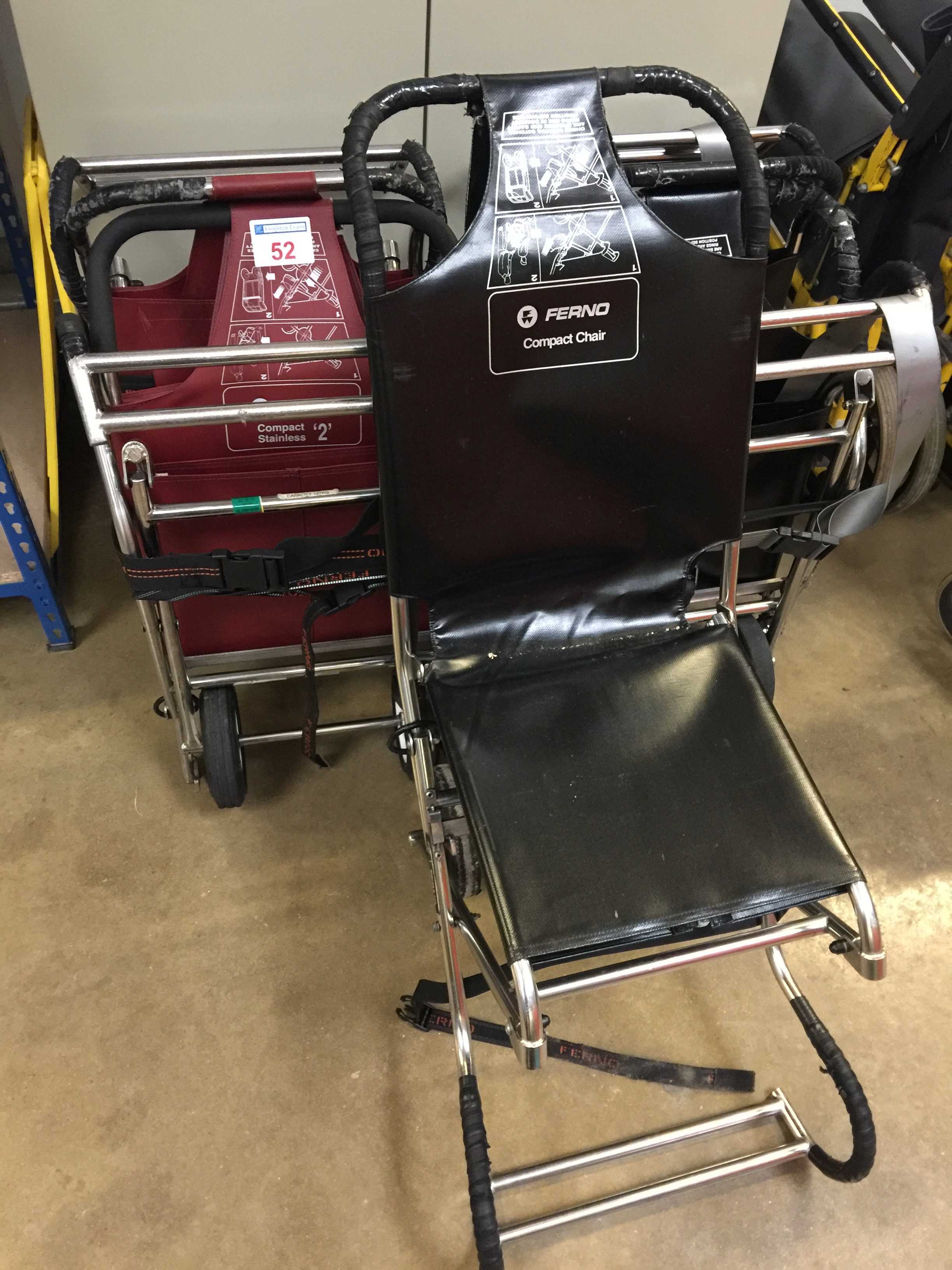 Lot 52 - 5 Ferno Compact carry chairs
