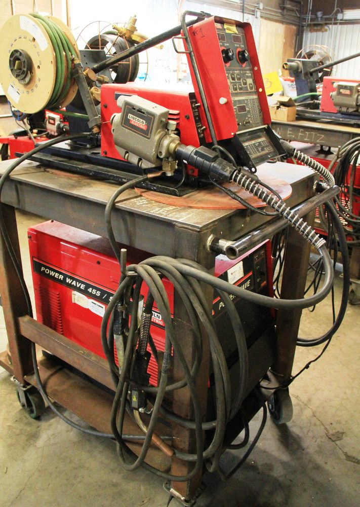 Lot 28 - LINCOLN POWERWAVE 455M/STT ELECTRIC POWERED WELDER, C/W LINCOLN POWER FEED 10M DUAL FEED WIRE