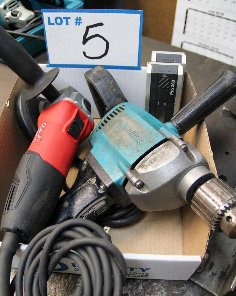 Lot 5 - MILWAUKEE 6130-33 DISC GRINDER, MAKITA 1/2 ELECTRIC DRILL, (2) PRO 360 DIGITAL PROTRACTORS