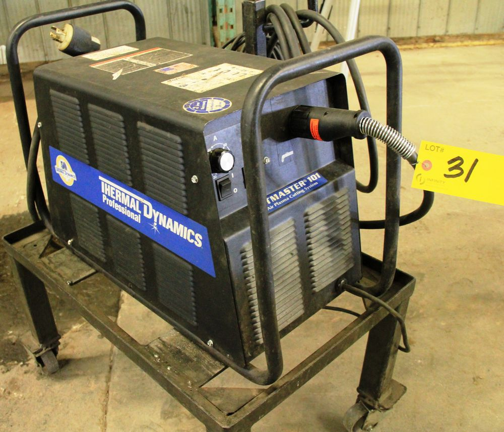 Lot 31 - 2008 THERMAL DYNAMICS CUTMASTER 101 AIR PLASMA CUTTING SYSTEM C/W CART, S/N 05356102
