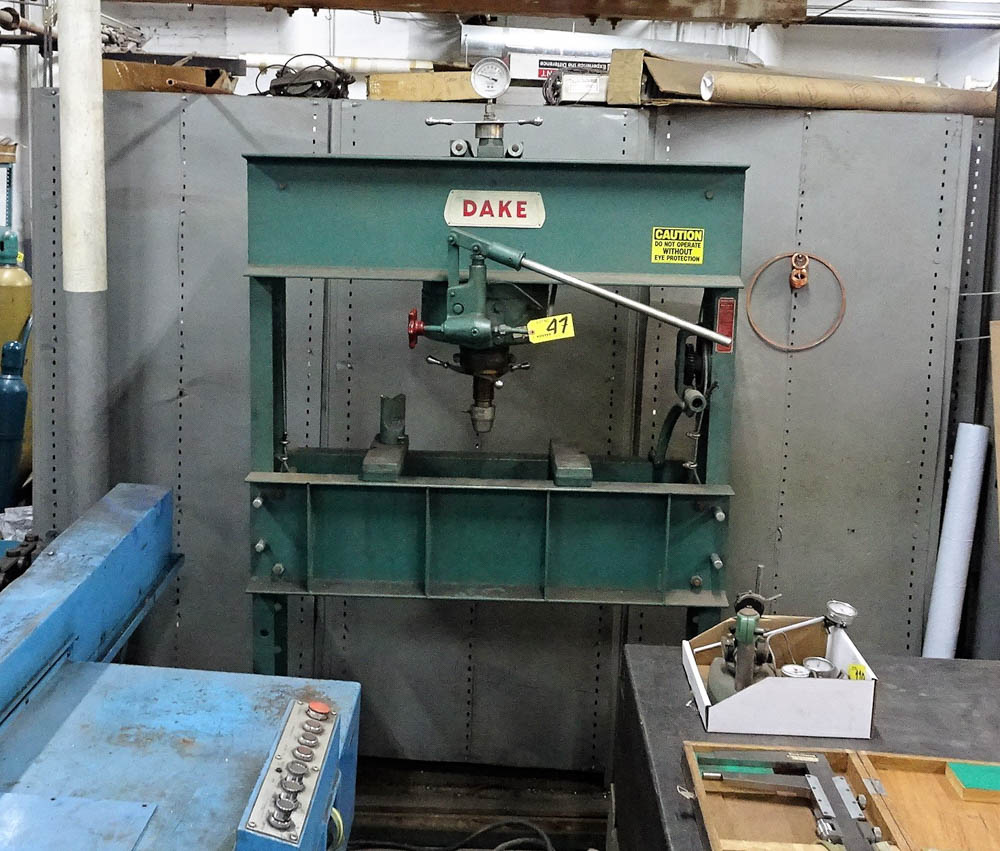Lot 47 - DAKE APPROXIMATELY 75-TON CAPACITY HYDRAULIC H-FRAME PRESS WITH ADJUSTABLE HEIGHT CROSSBAR