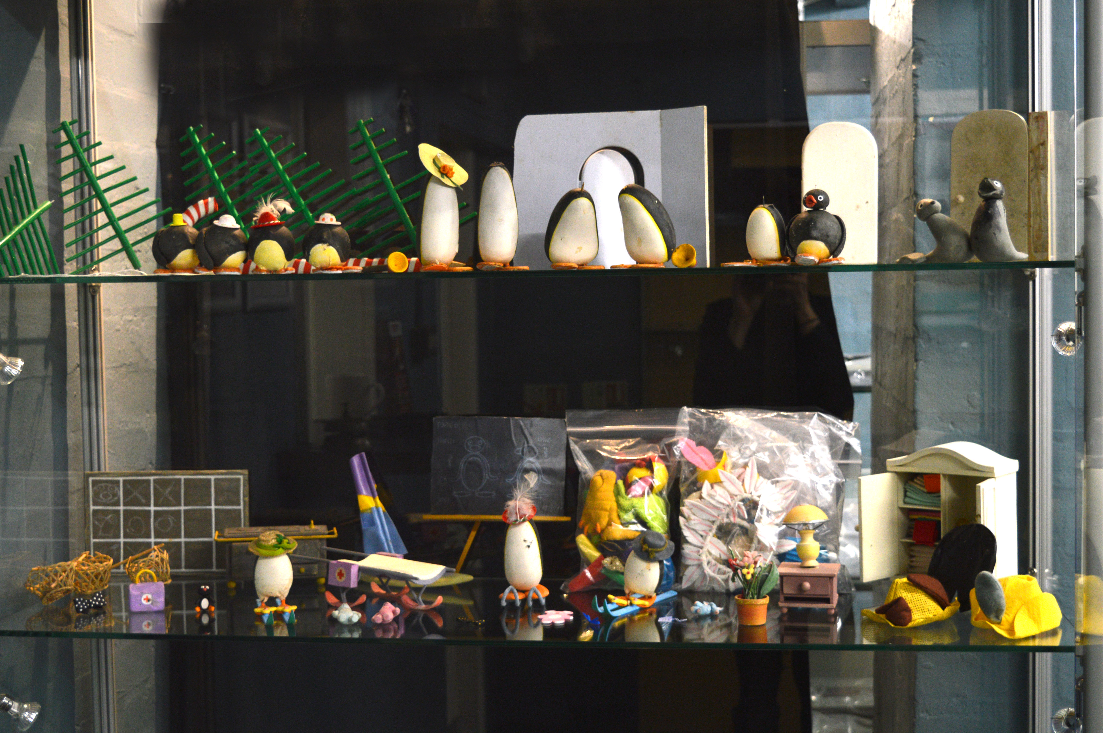 Lot 35 - Pingu original prop stop-motion animation models including the screen used characters, furniture,